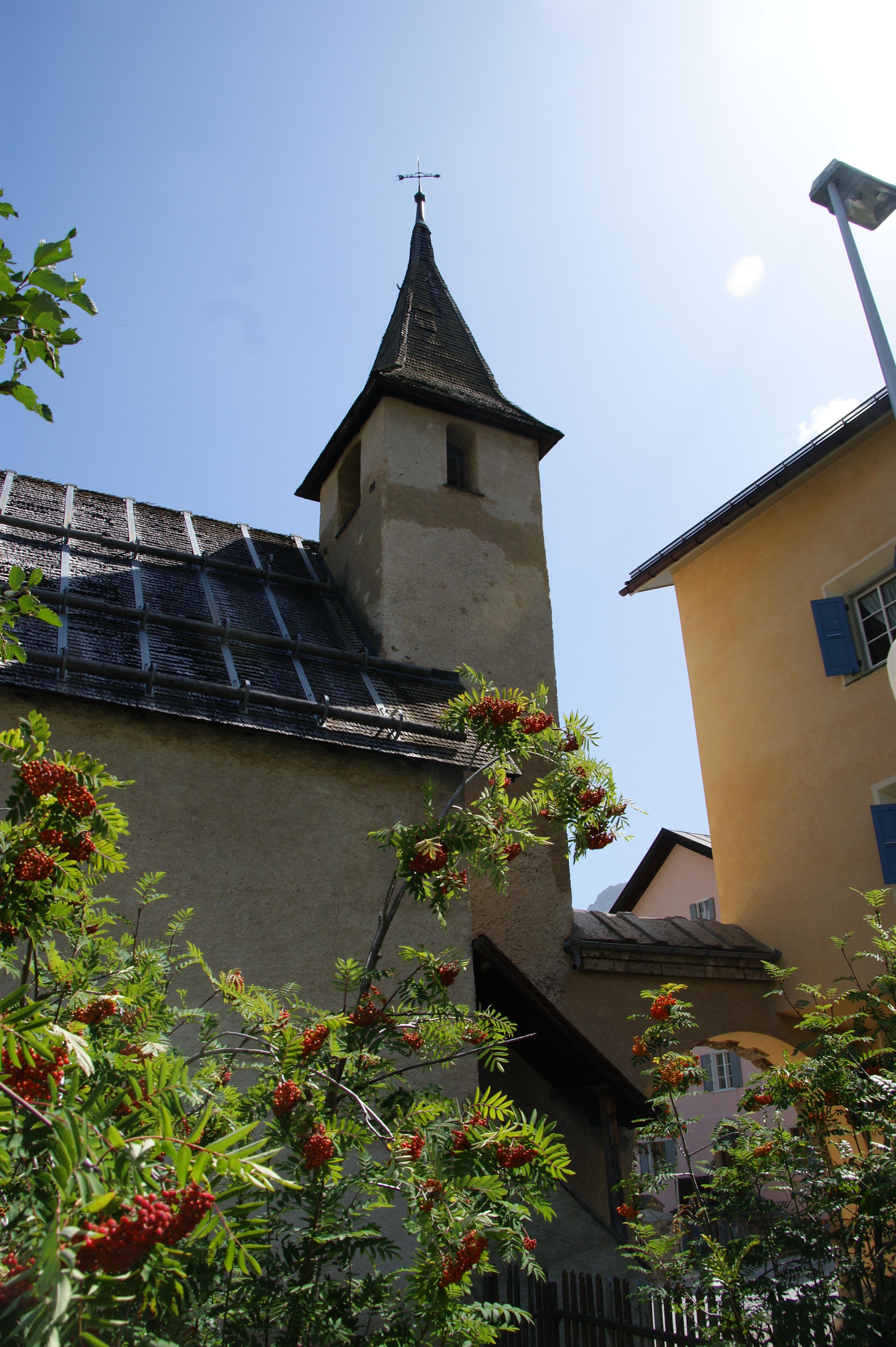 Katholische Kirche Santa Chatrigna Slide 4