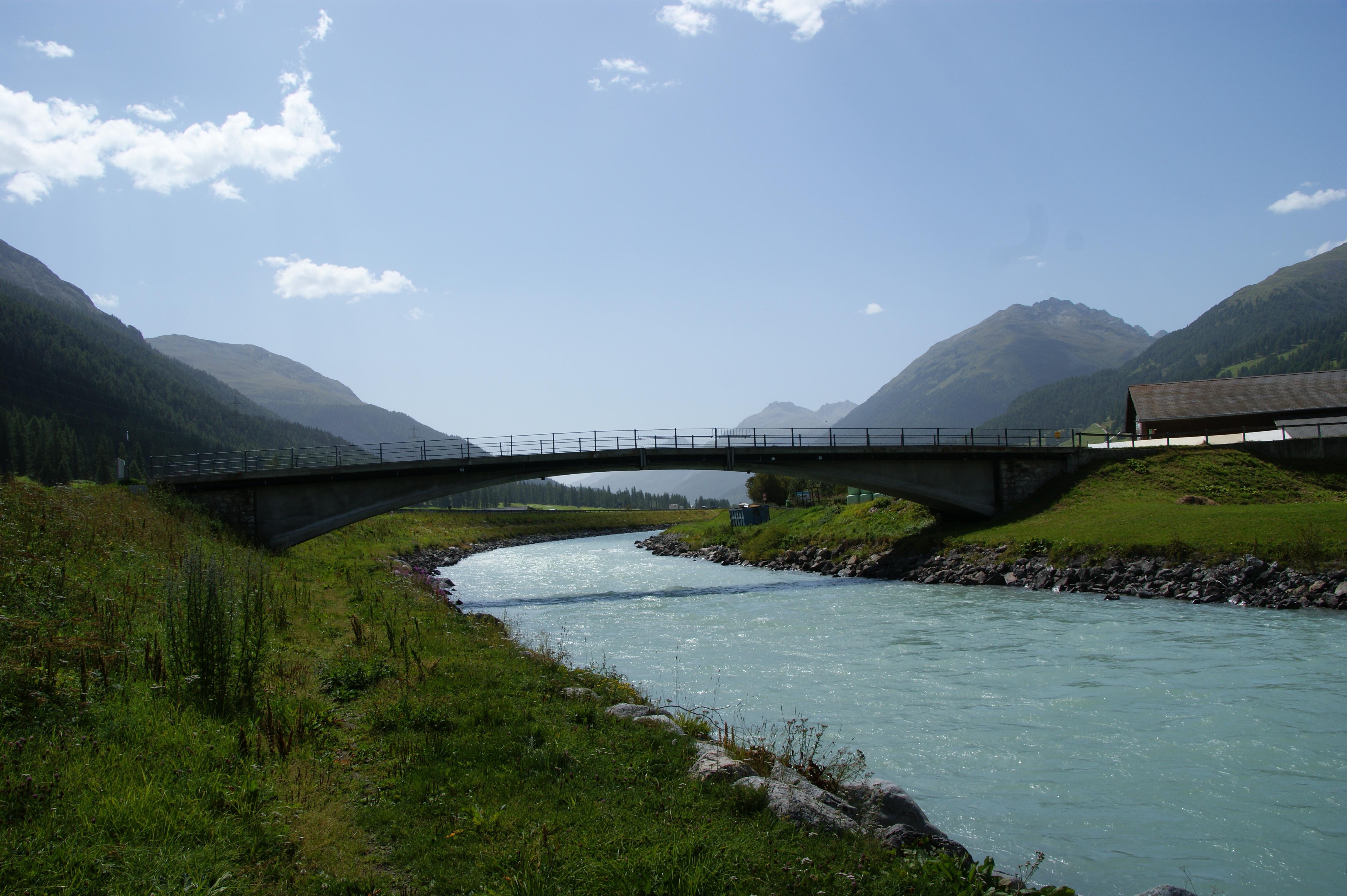 Inn Brücke Slide 4