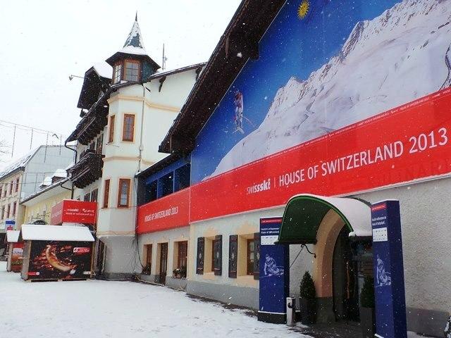 House of Switzerland an der Ski-WM Slide 1