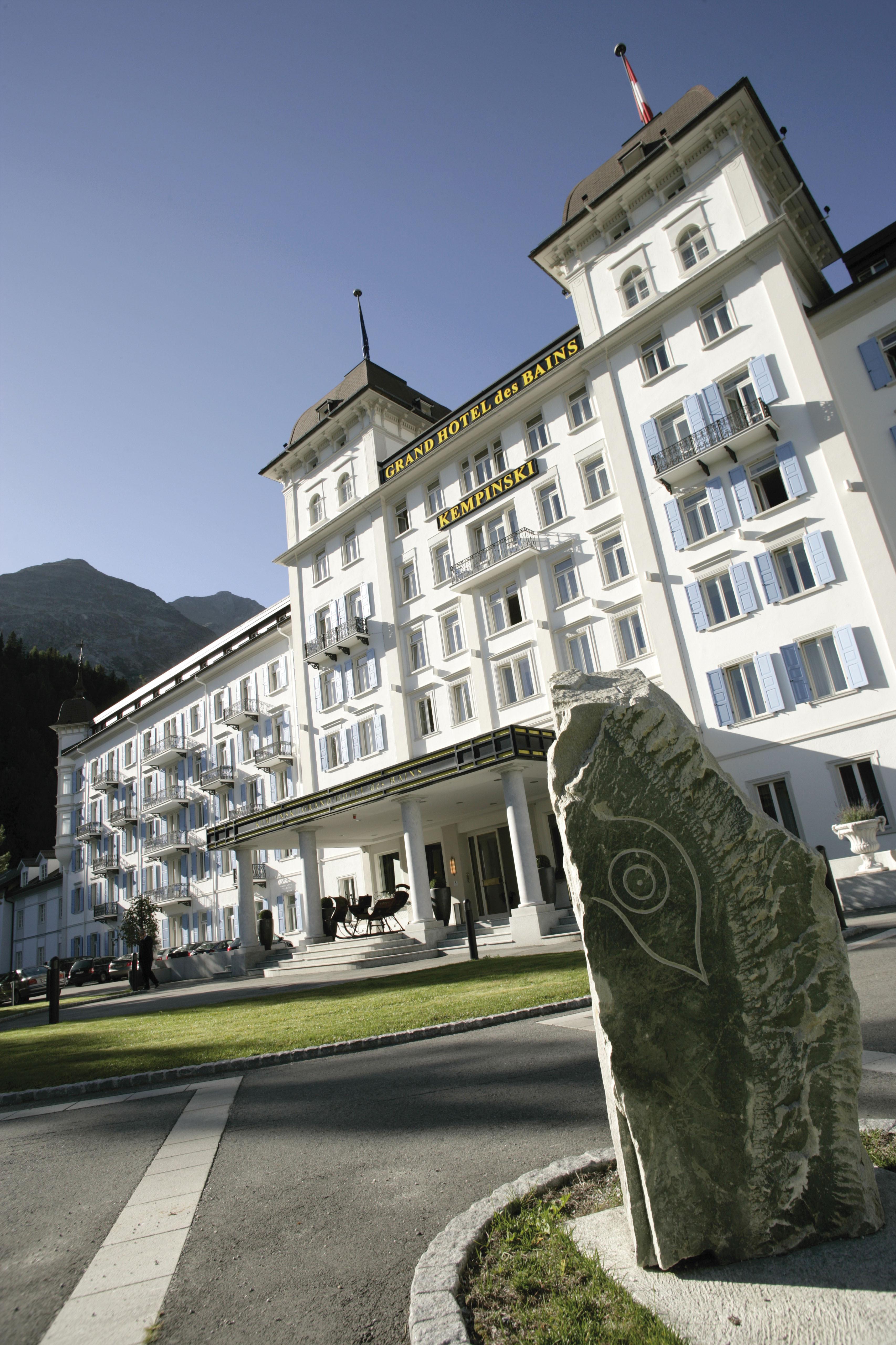 Hotelrating Schweiz Slide 1
