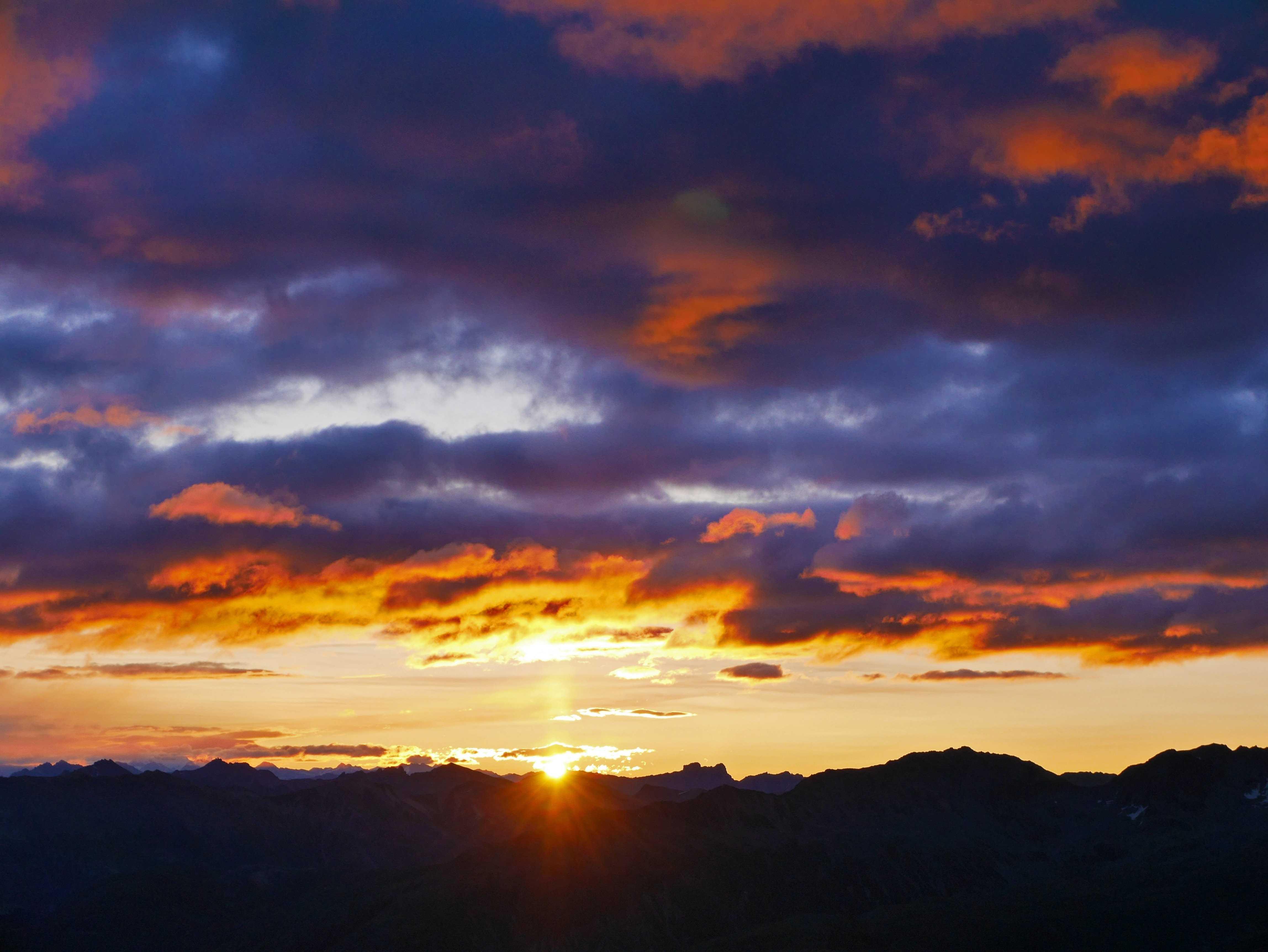 Zweites Sunrise Piz Nair Event Slide 1