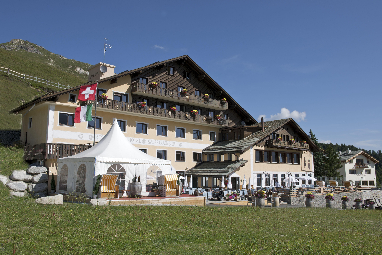 Hotel Restaurant Salastrains