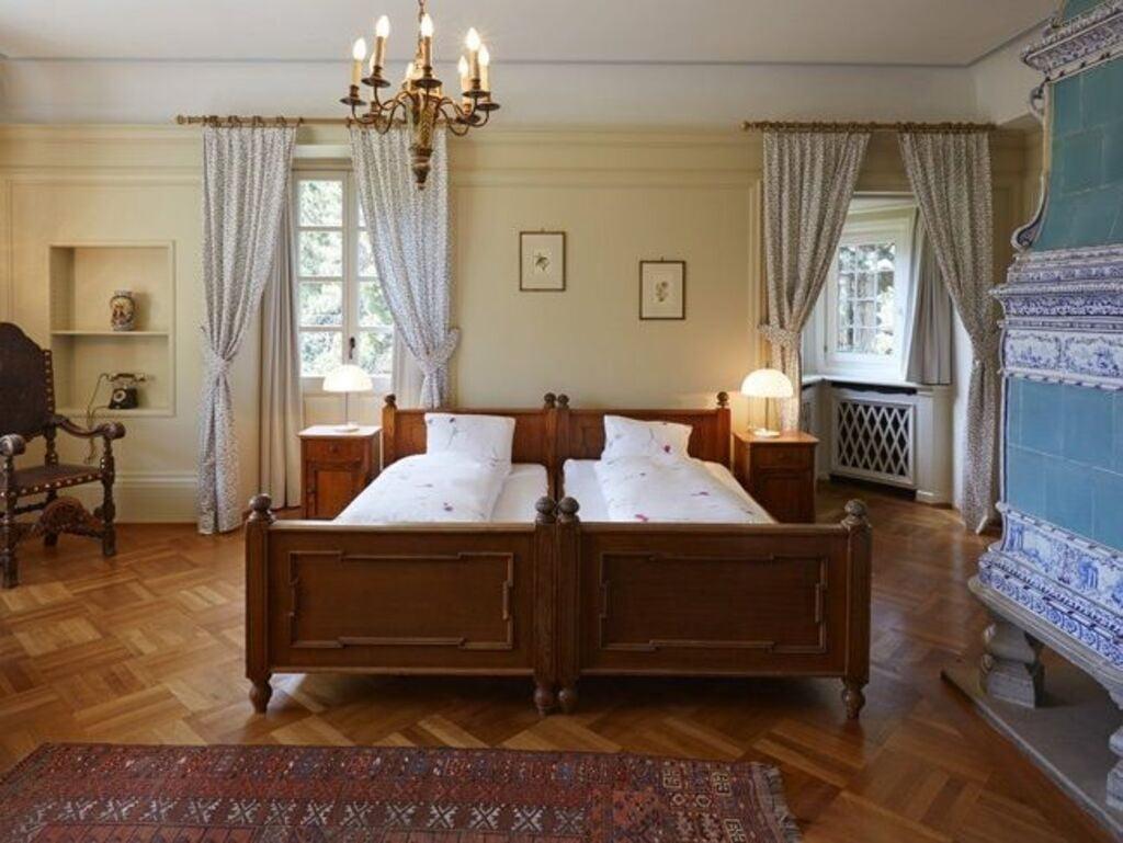 hotel chesa spuondas winter in engadin st moritz. Black Bedroom Furniture Sets. Home Design Ideas
