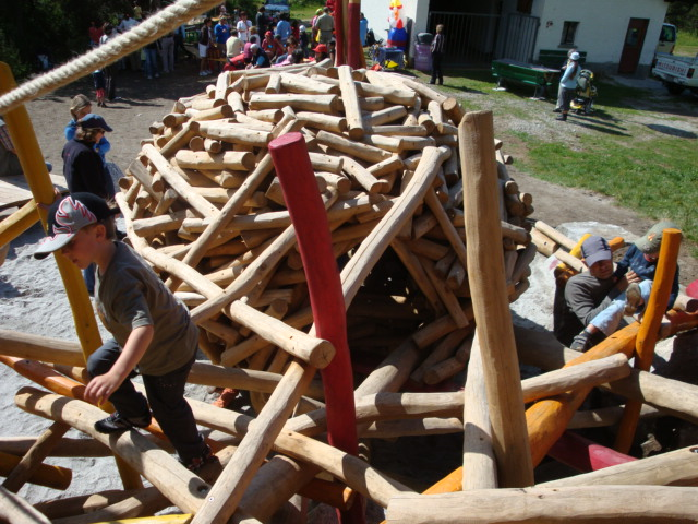 KuKuk Spielplatz Slide 1