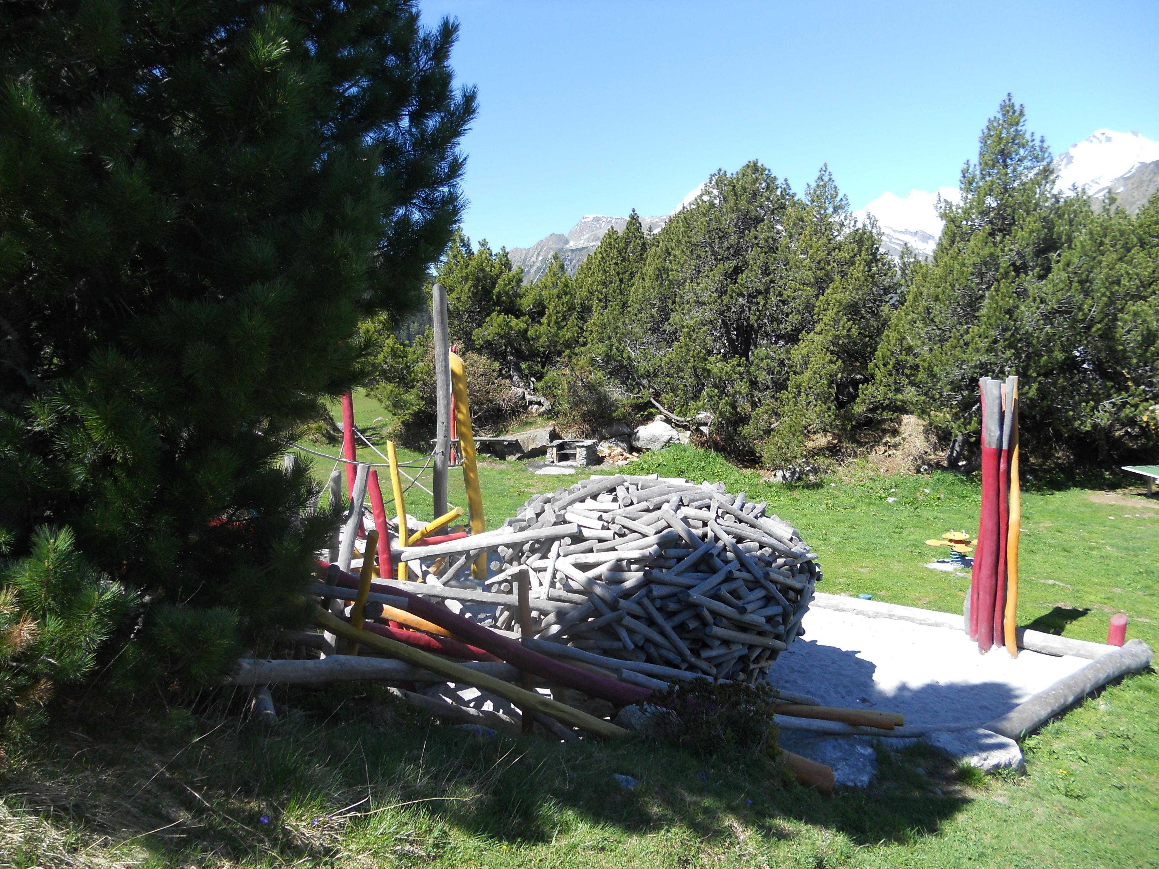 Feuer- und Grillstelle KuKuk Slide 2