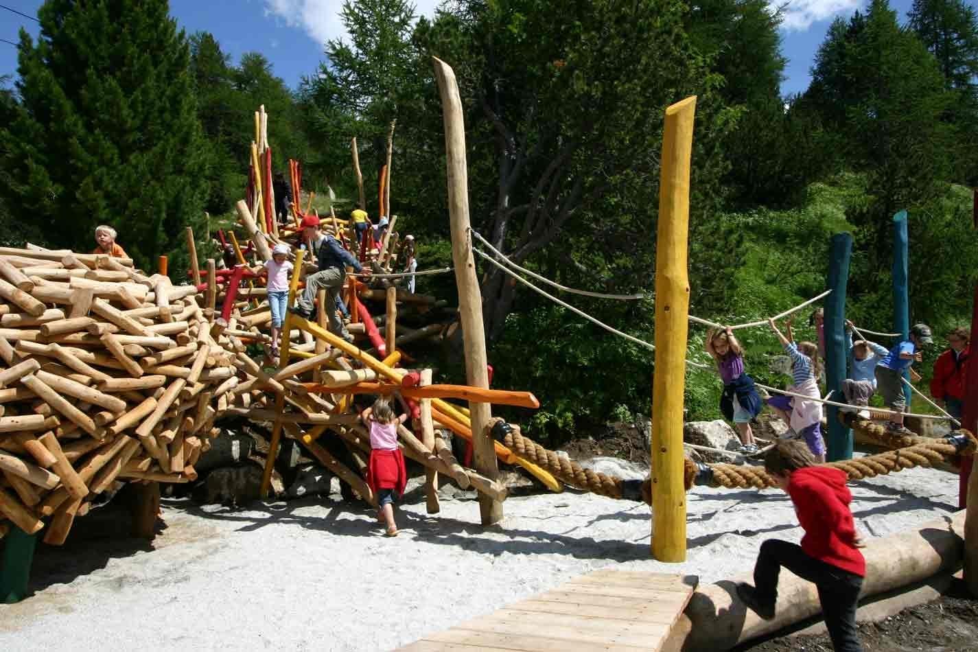 KuKuk Spielplatz Slide 3