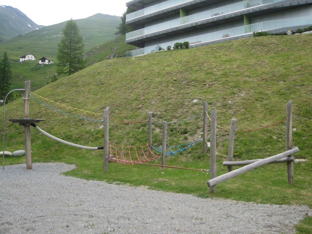 Kinderspielplatz im Hotel Castell Slide 2