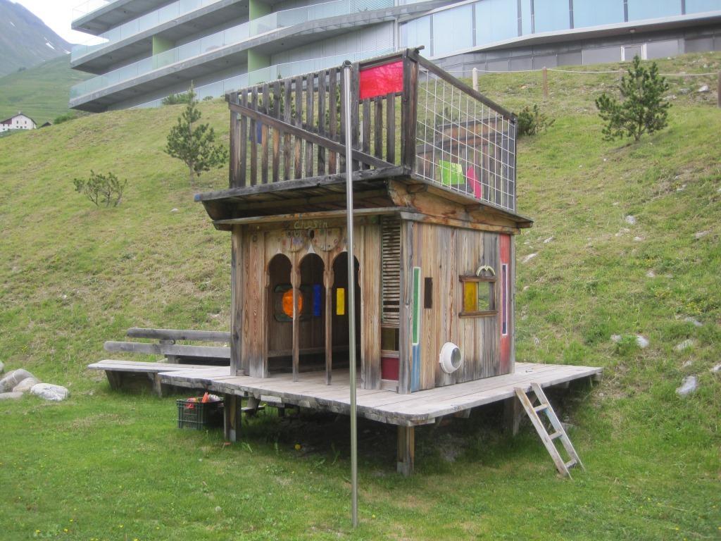 Kinderspielplatz im Hotel Castell Slide 3