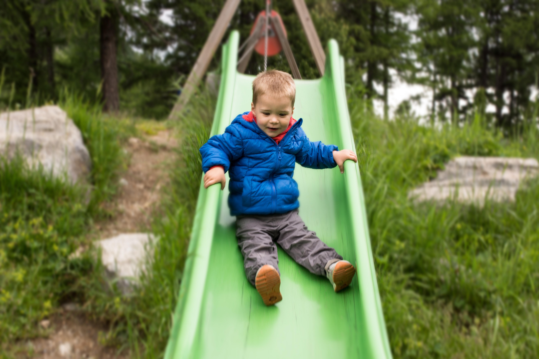 Kinderspielplatz Morteratsch Slide 1
