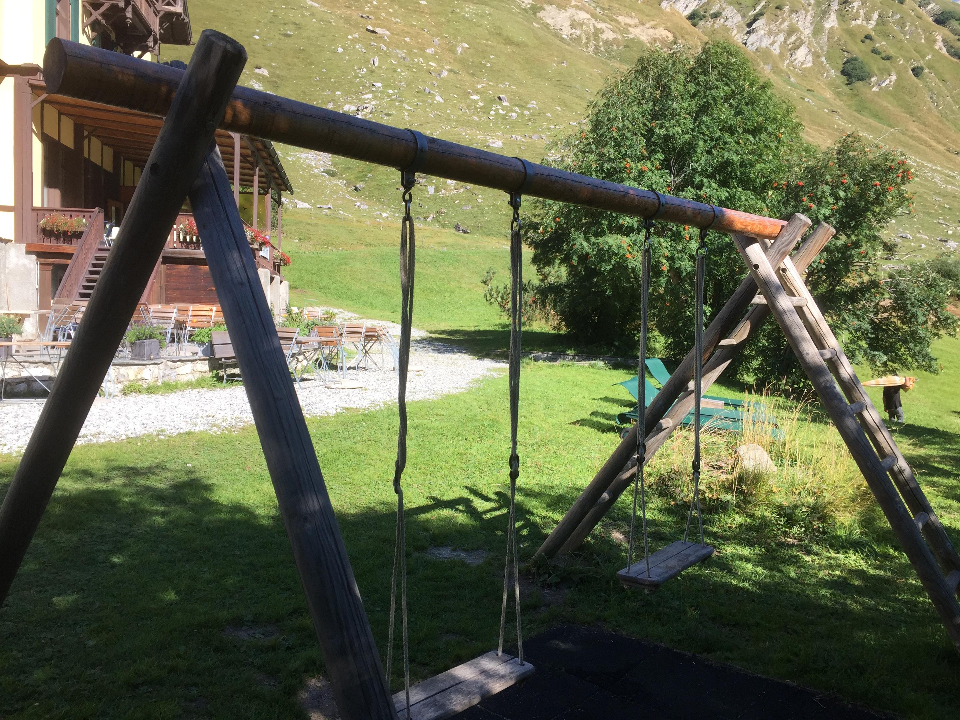 Kinderspielplatz beim Hotel Fex Slide 2