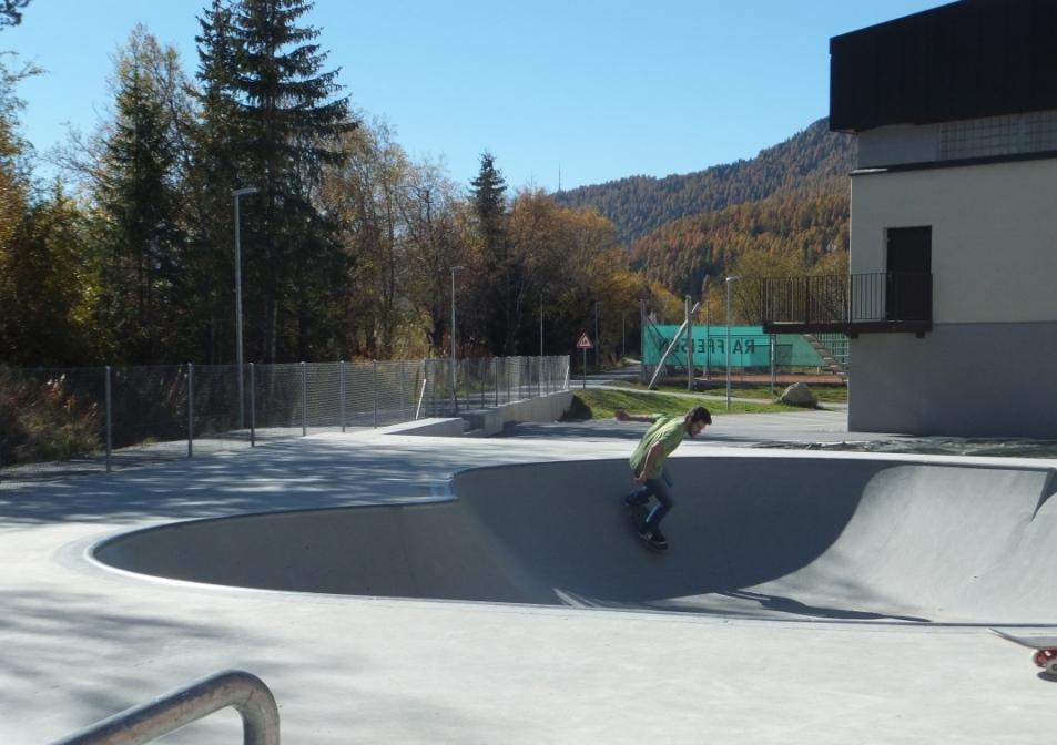 Promulins Arena Slide 2