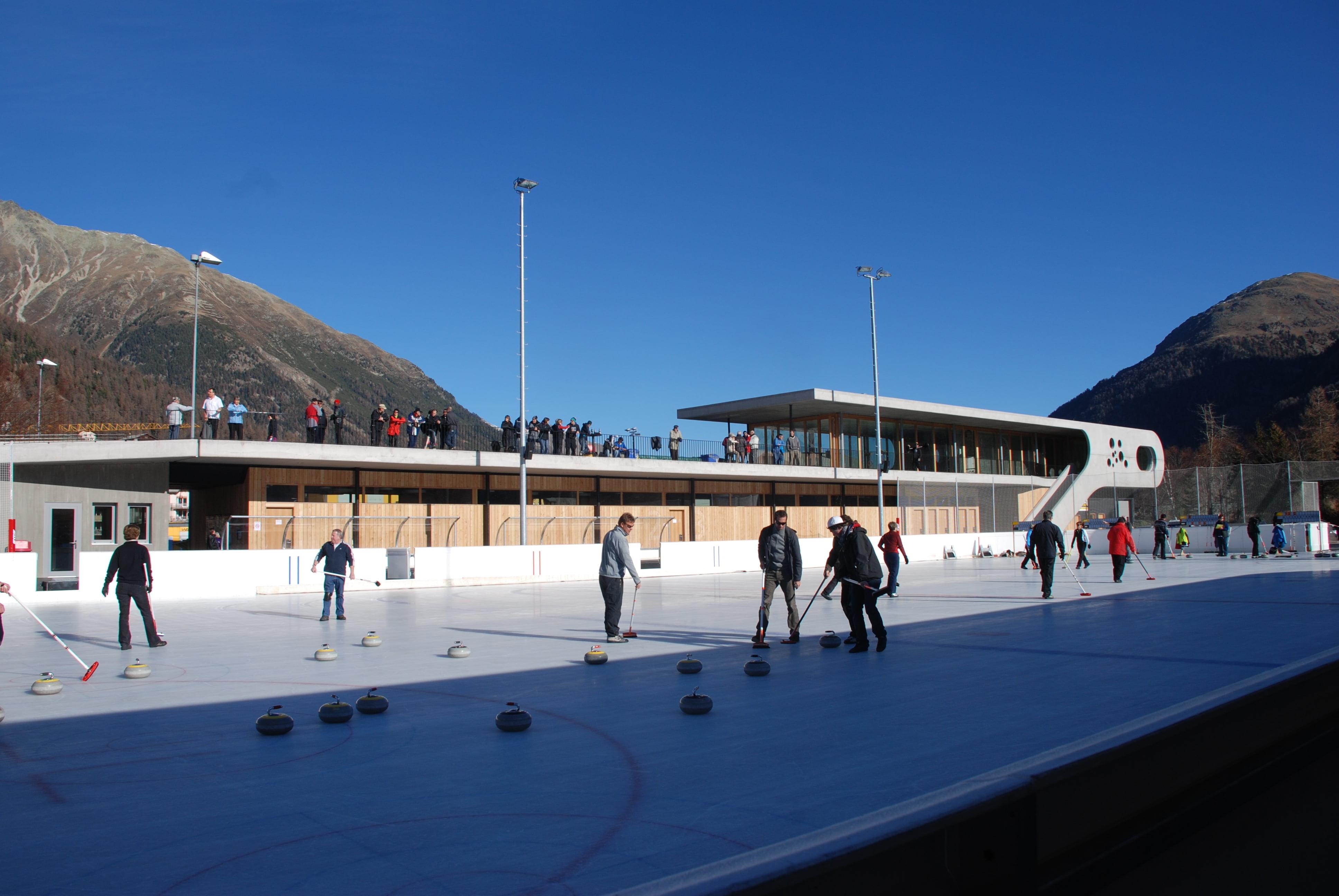 Ice rinks & ice tracks