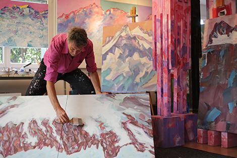 Alpine Kunst Ausstellung - Hotel Schweizerhaus Slide 1