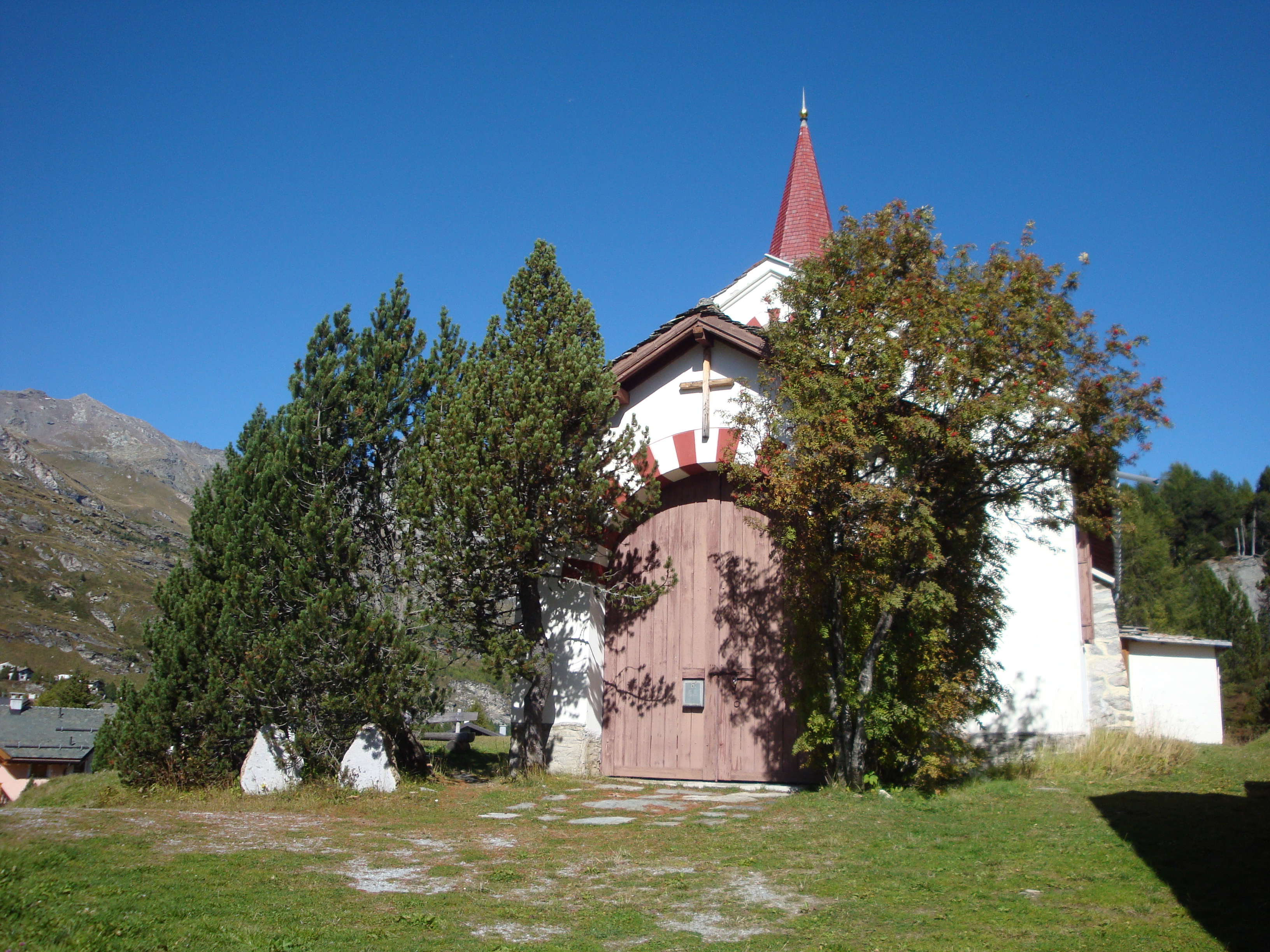 Chiesa Bianca, the White Church Slide 2