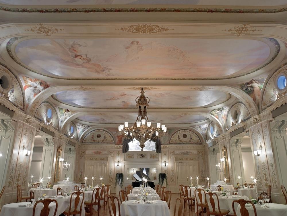 Grand Hotel Kronenhof - Grand Restaurant Slide 1