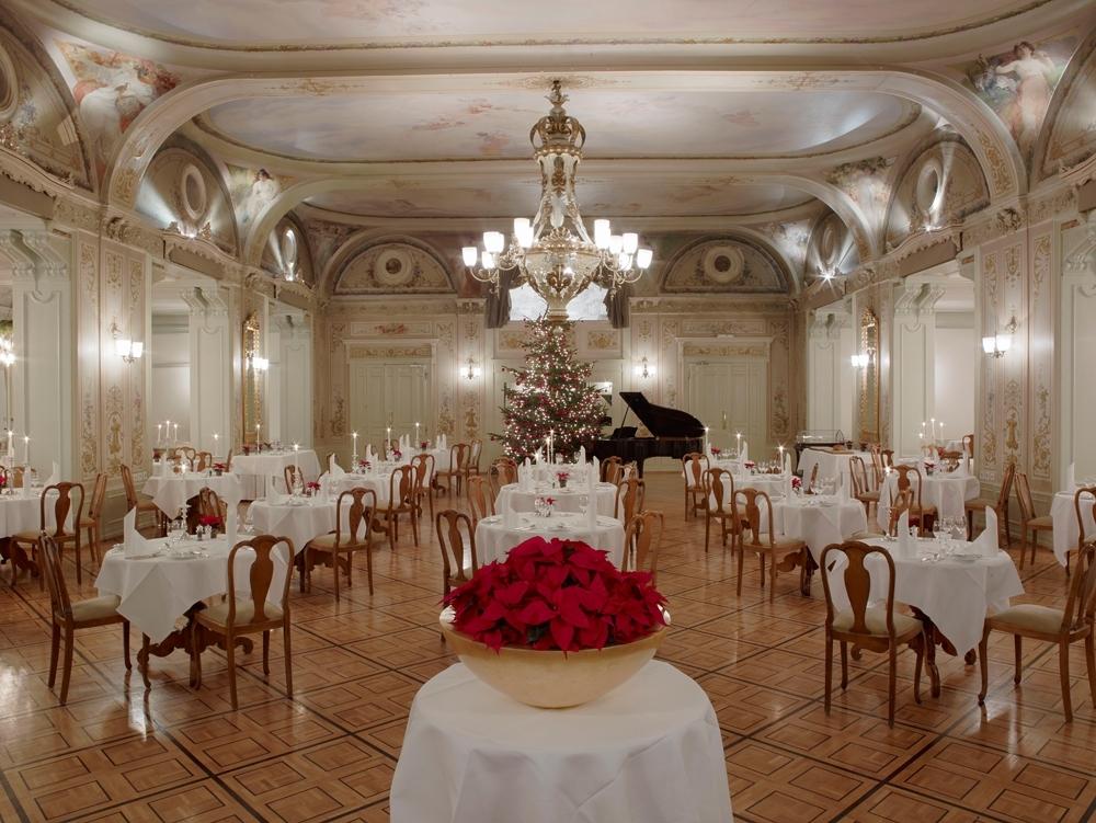 Grand Hotel Kronenhof - Grand Restaurant Slide 2