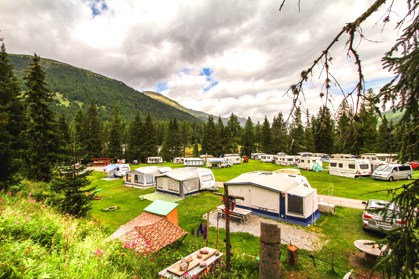 Camping Chapella Slide 5