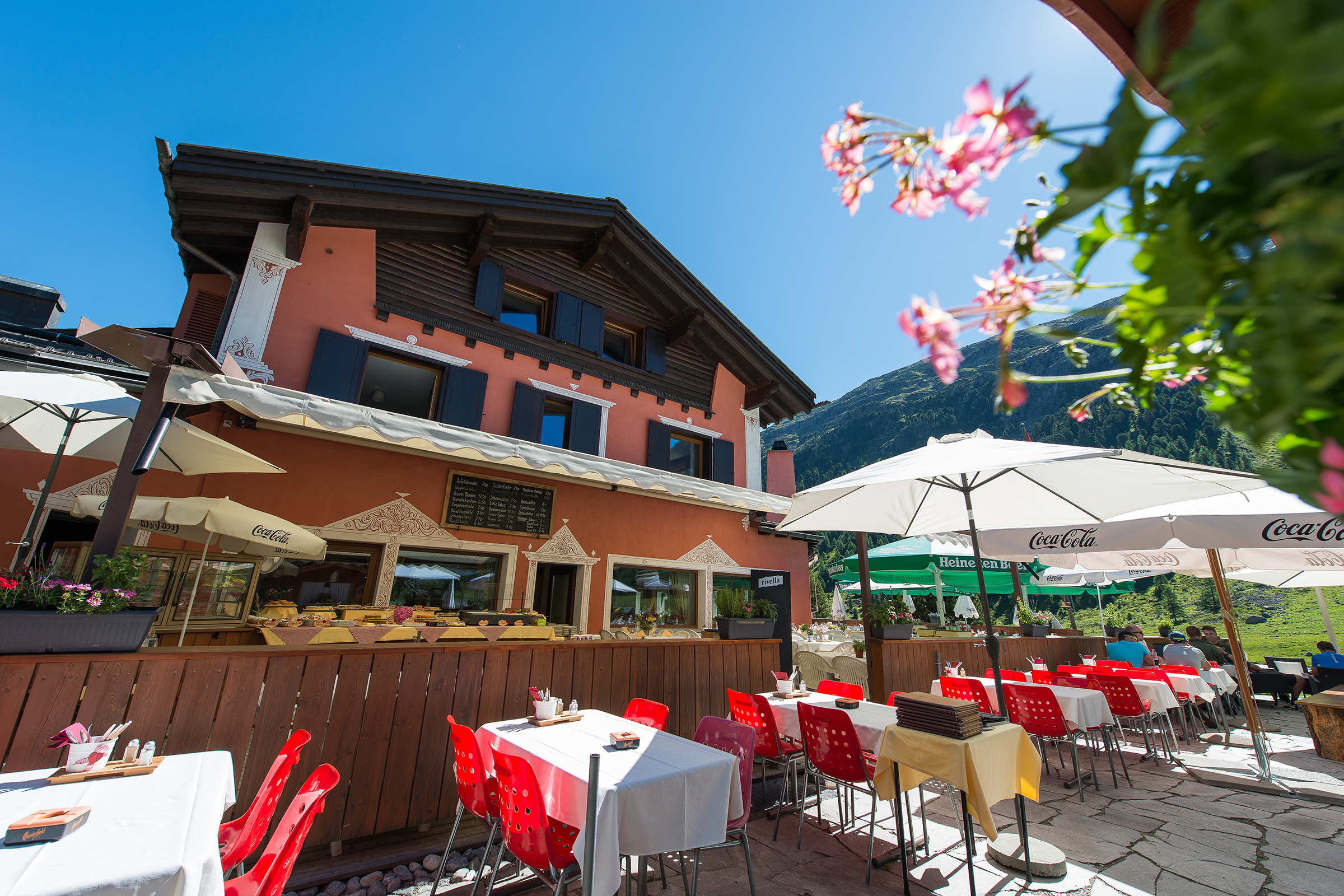 Restaurant Hotel Roseg Gletscher Slide 1