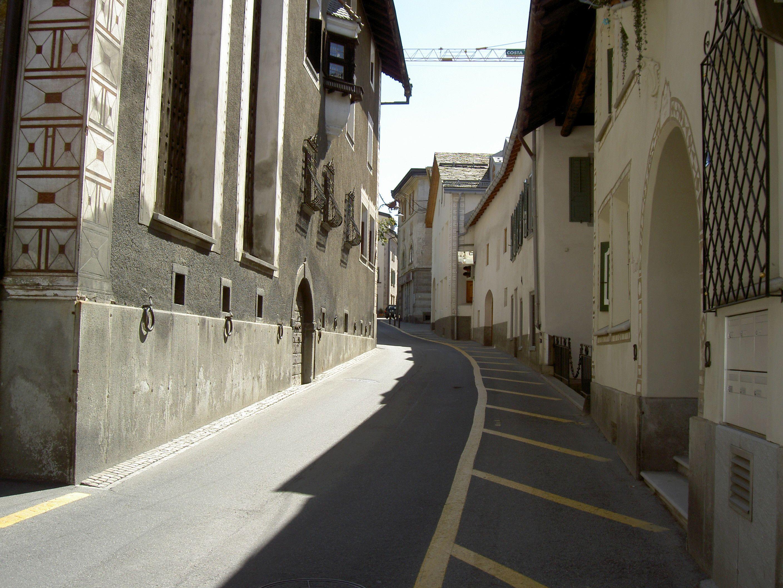 Old village part: Laret Slide 6