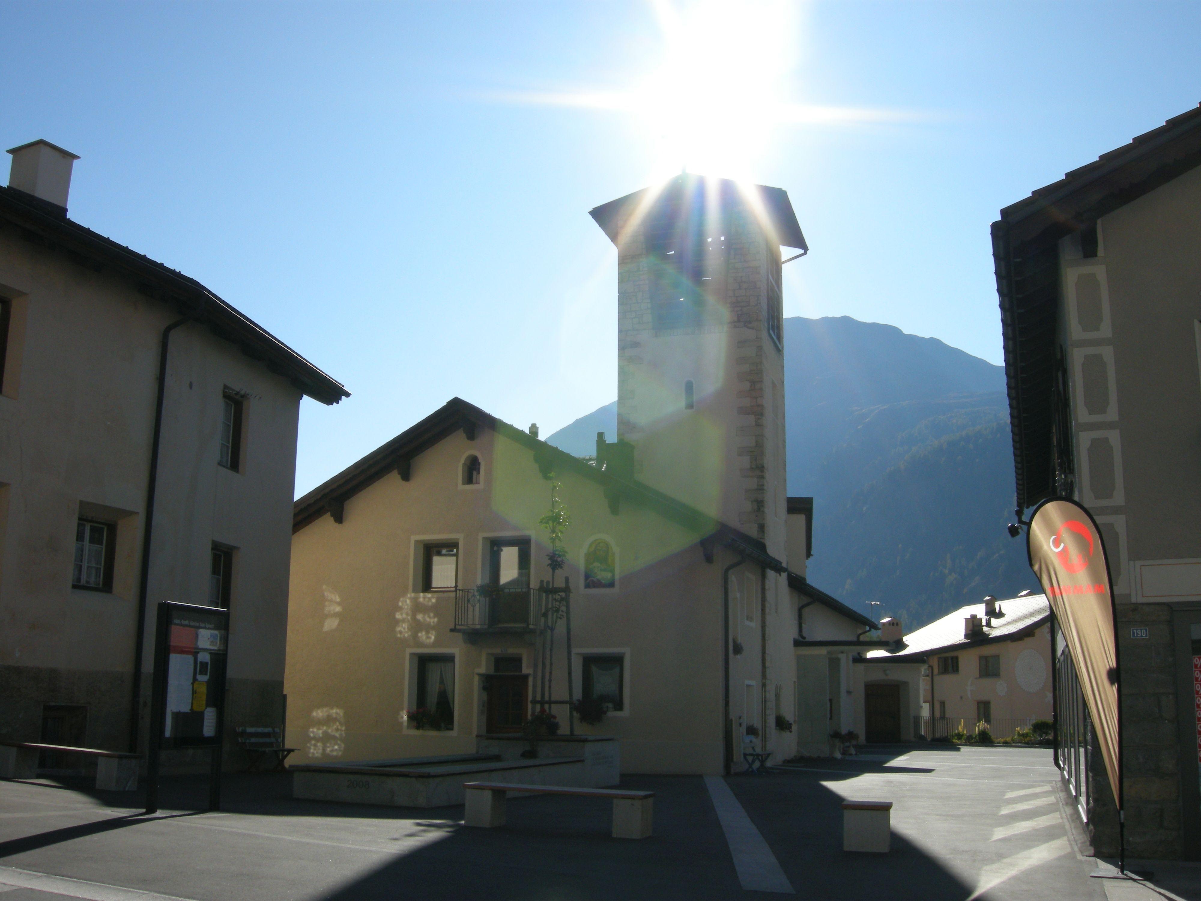 Katholische Kirche San Spiert Slide 1