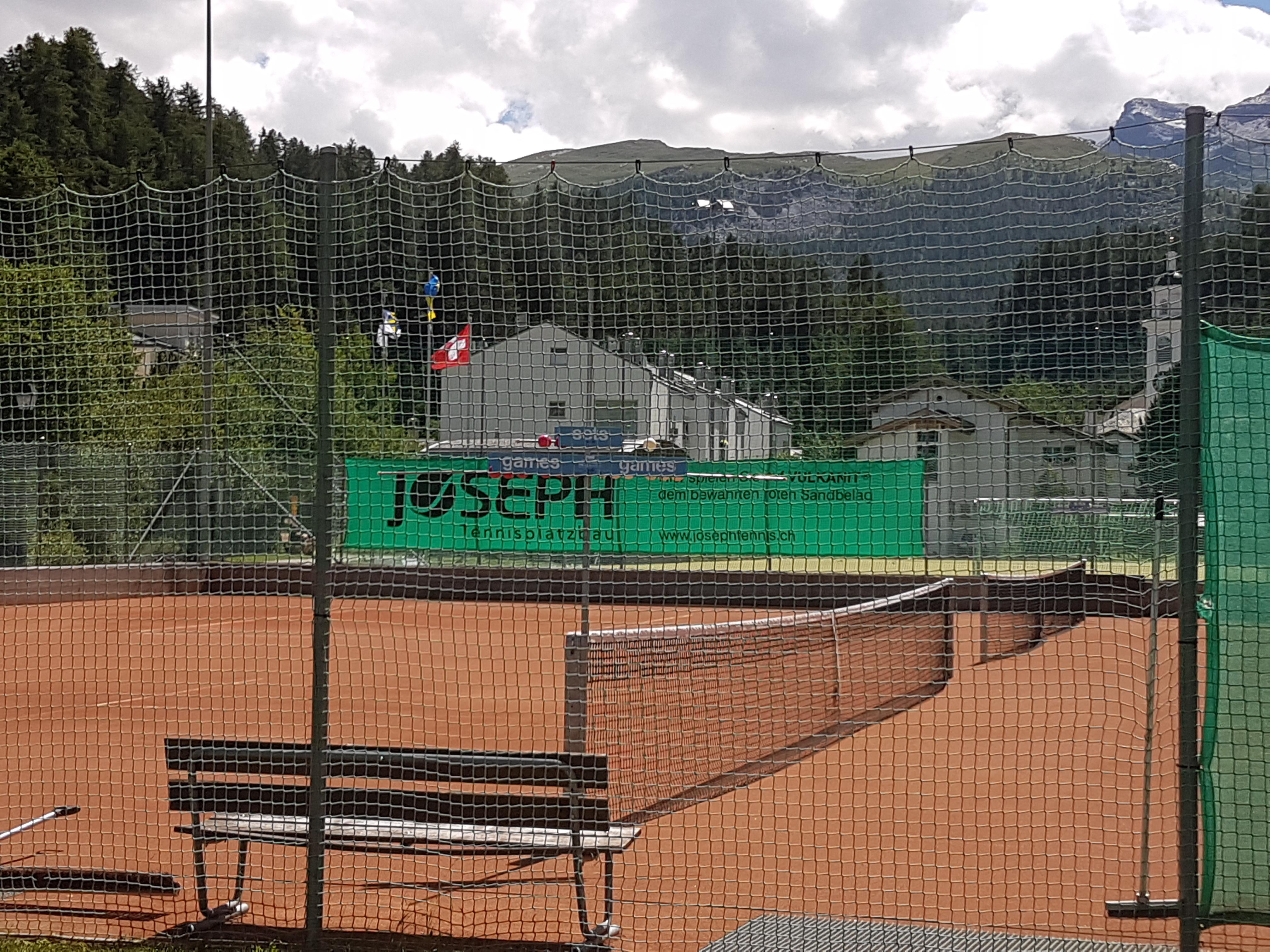 Tennisplatz Muot Marias Slide 1