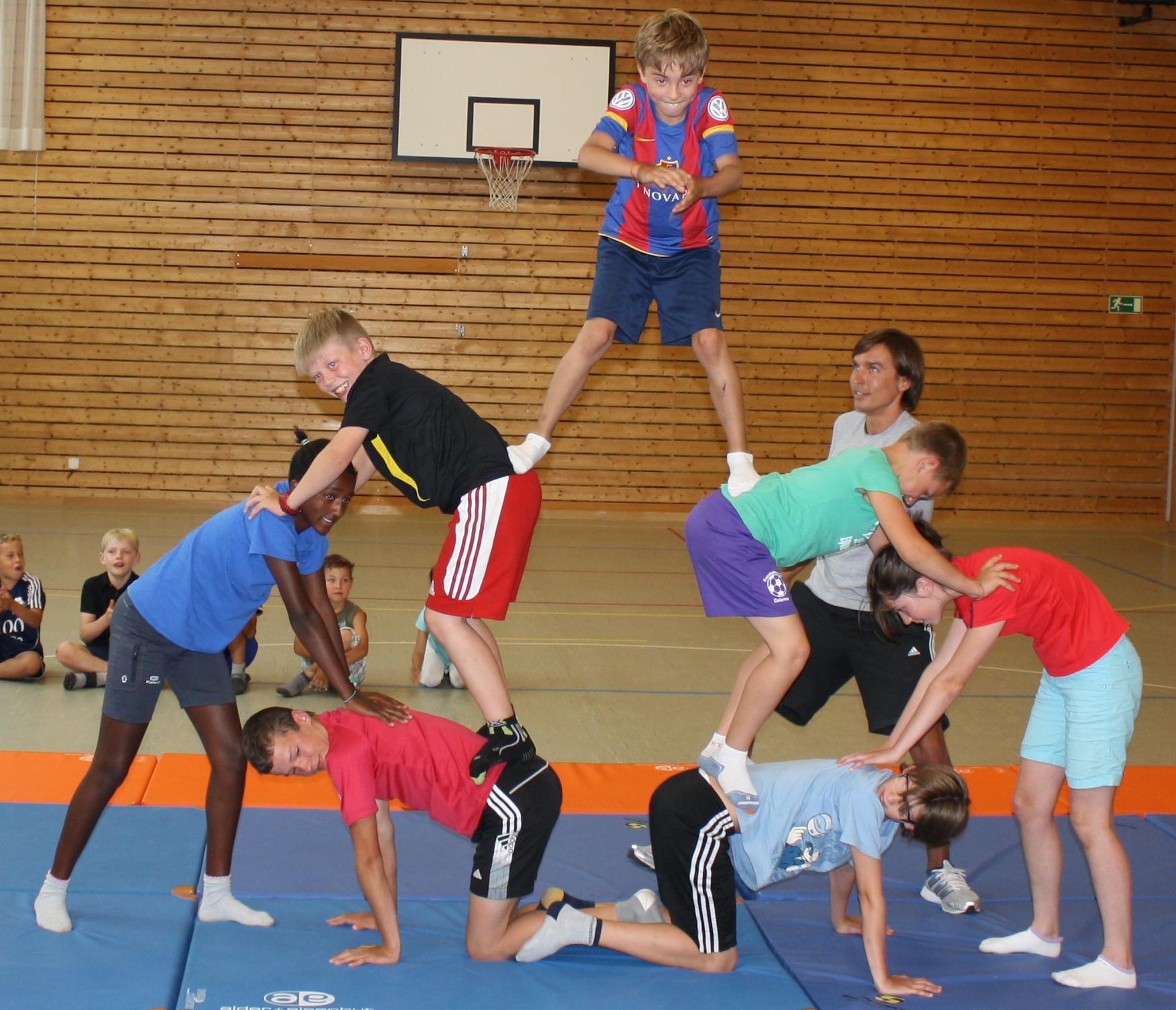 Engadin Kids Sport Camps Slide 1