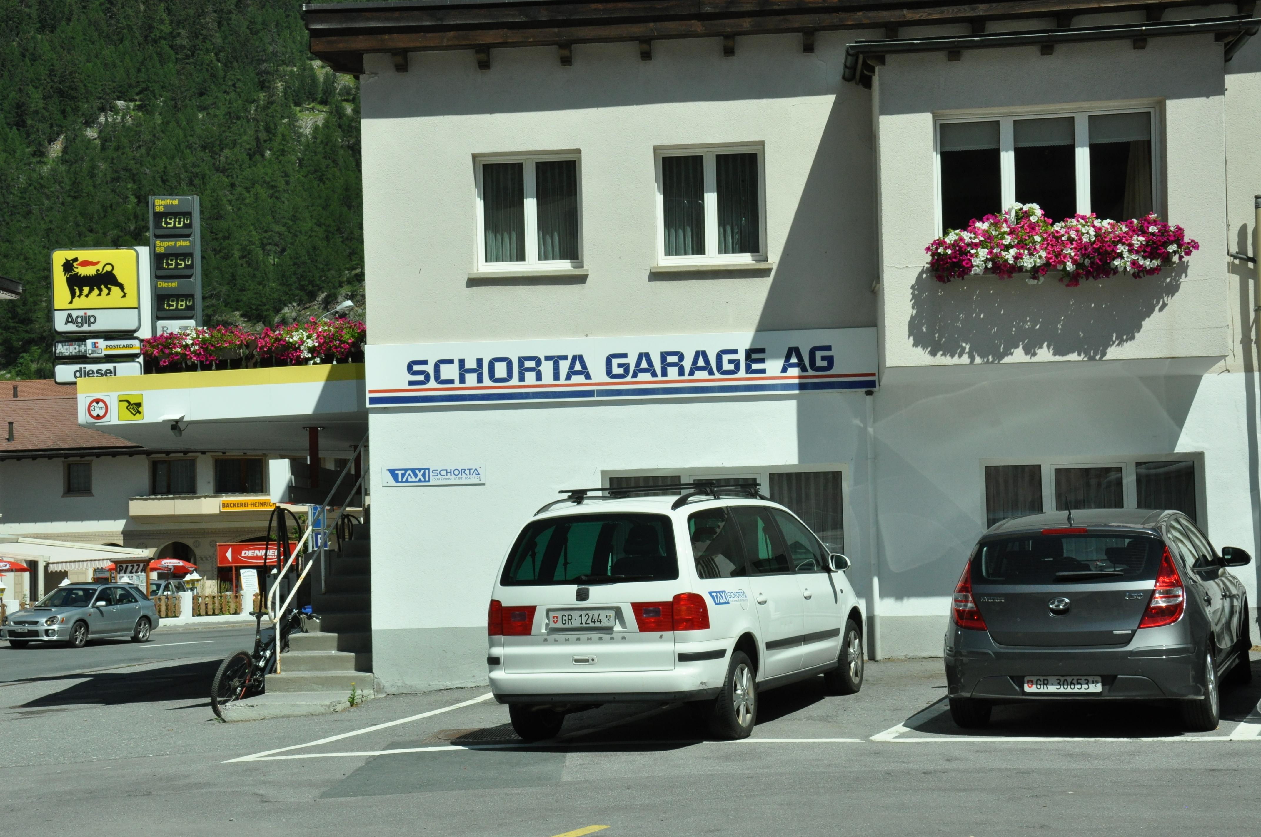 Schorta AG - Garage - Tankstelle Slide 1
