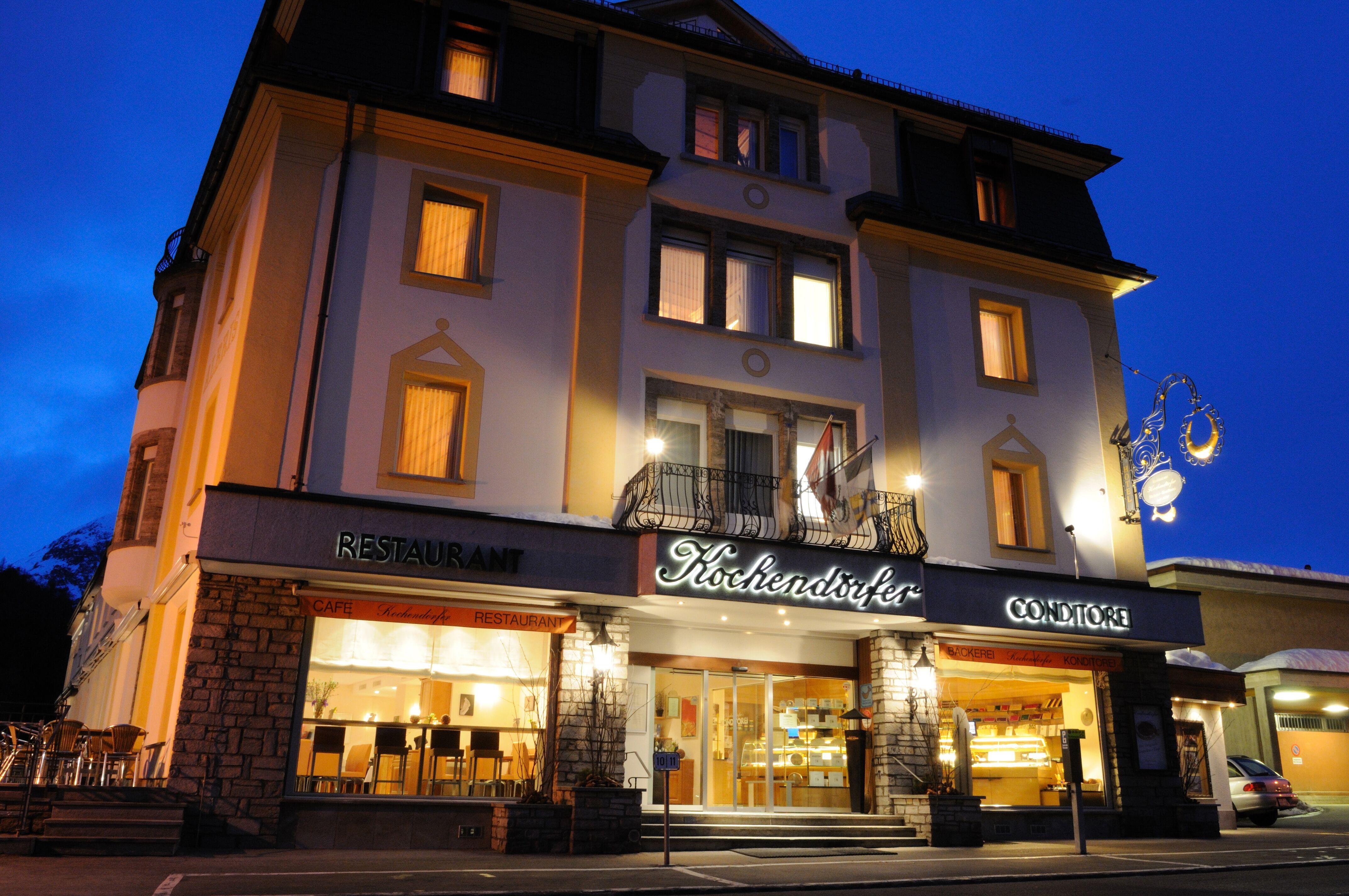Kochendörfer's Hotel Albris Slide 1