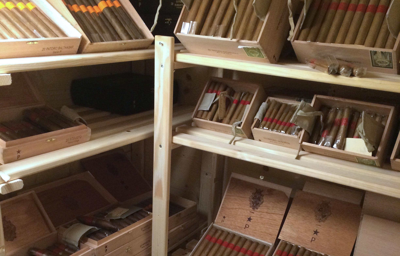 Zigarren Service Engadin Slide 2