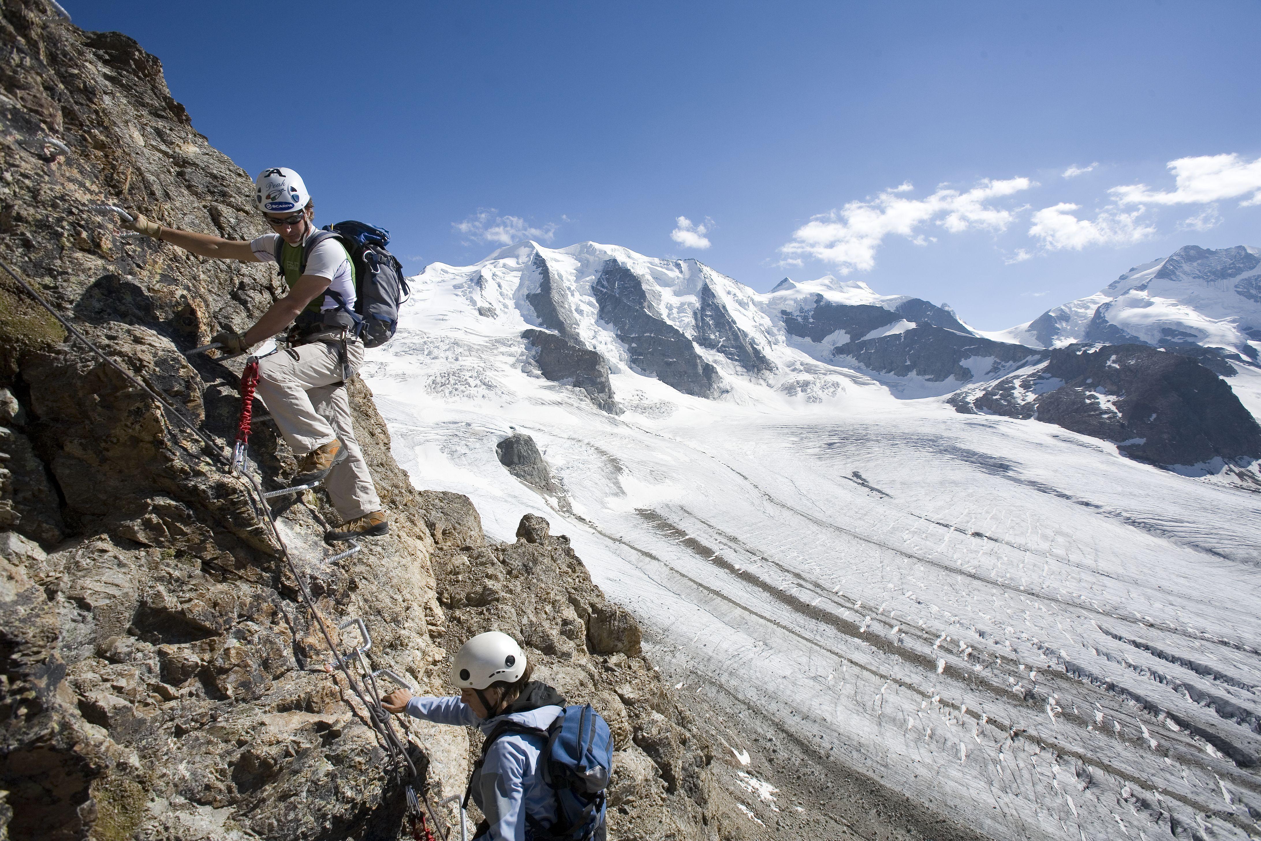 Bergsteigerschule Pontresina (Mountaineering school) Slide 2