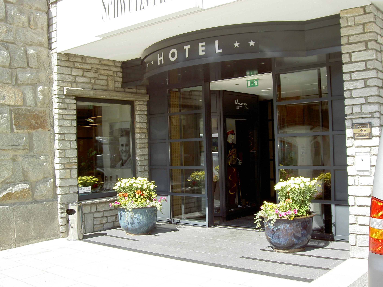 Deco Bar Hotel Schweizerhof Slide 1