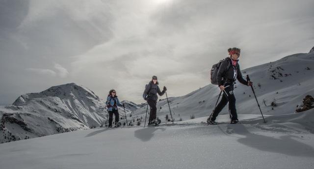Christine Salis (Schneeschuhwanderleiterin ASAM/SWL mit eidg. Fachausweis) Slide 3