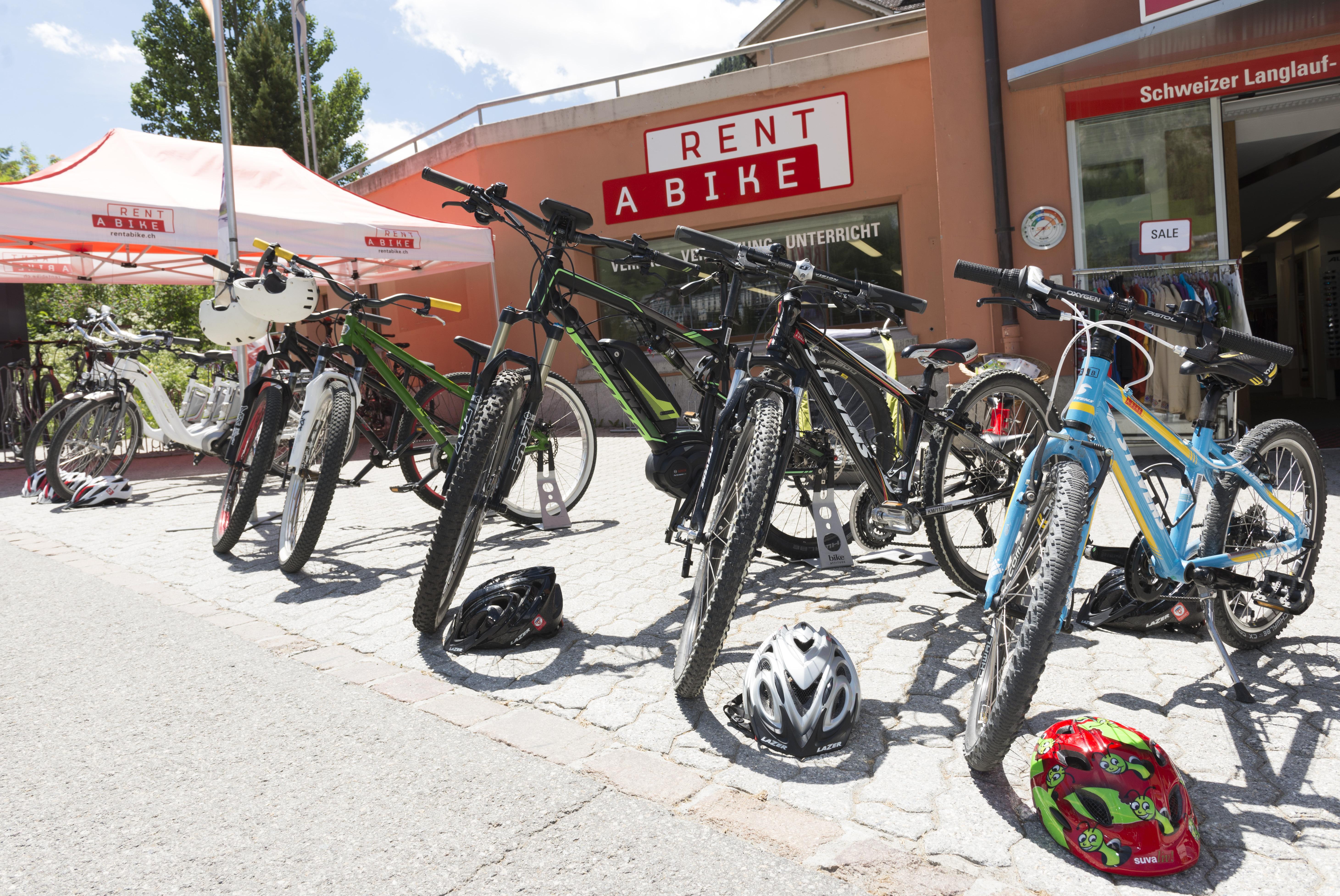 Schweizer Langlauf- und Bikezentrum Slide 1