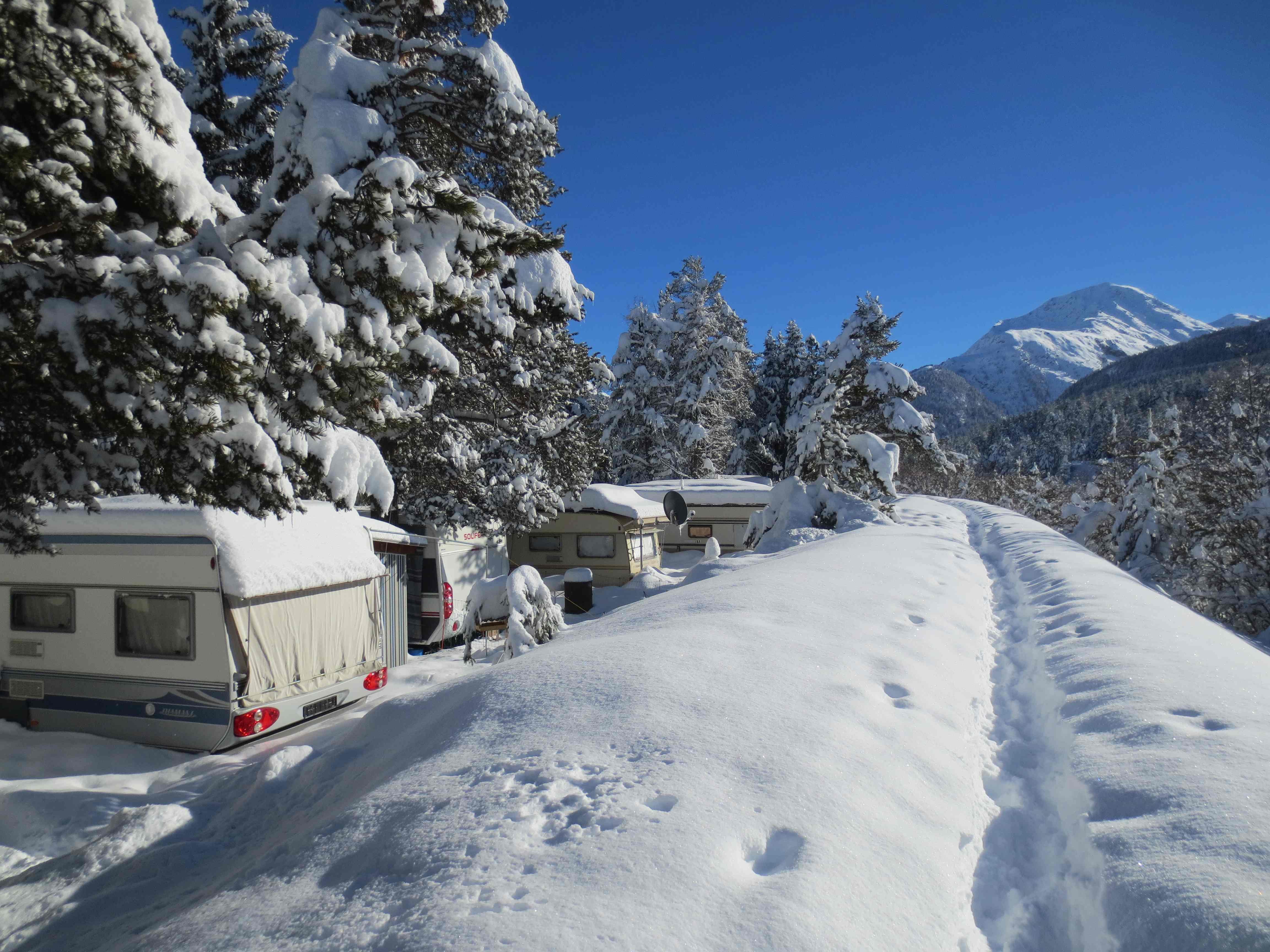 TCS Camping Samedan Slide 3