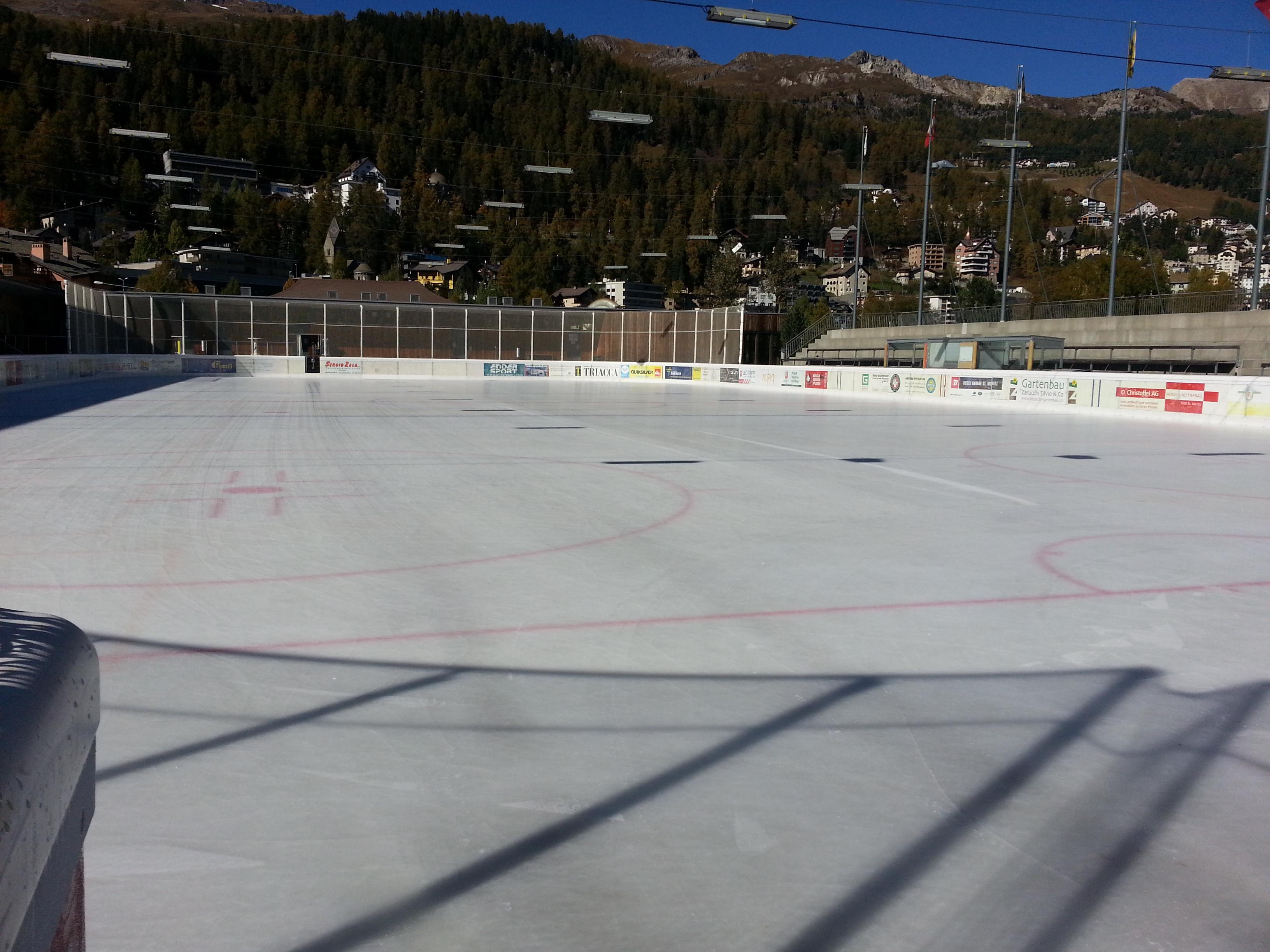 Ice Rink Eisarena Laudains Slide 1