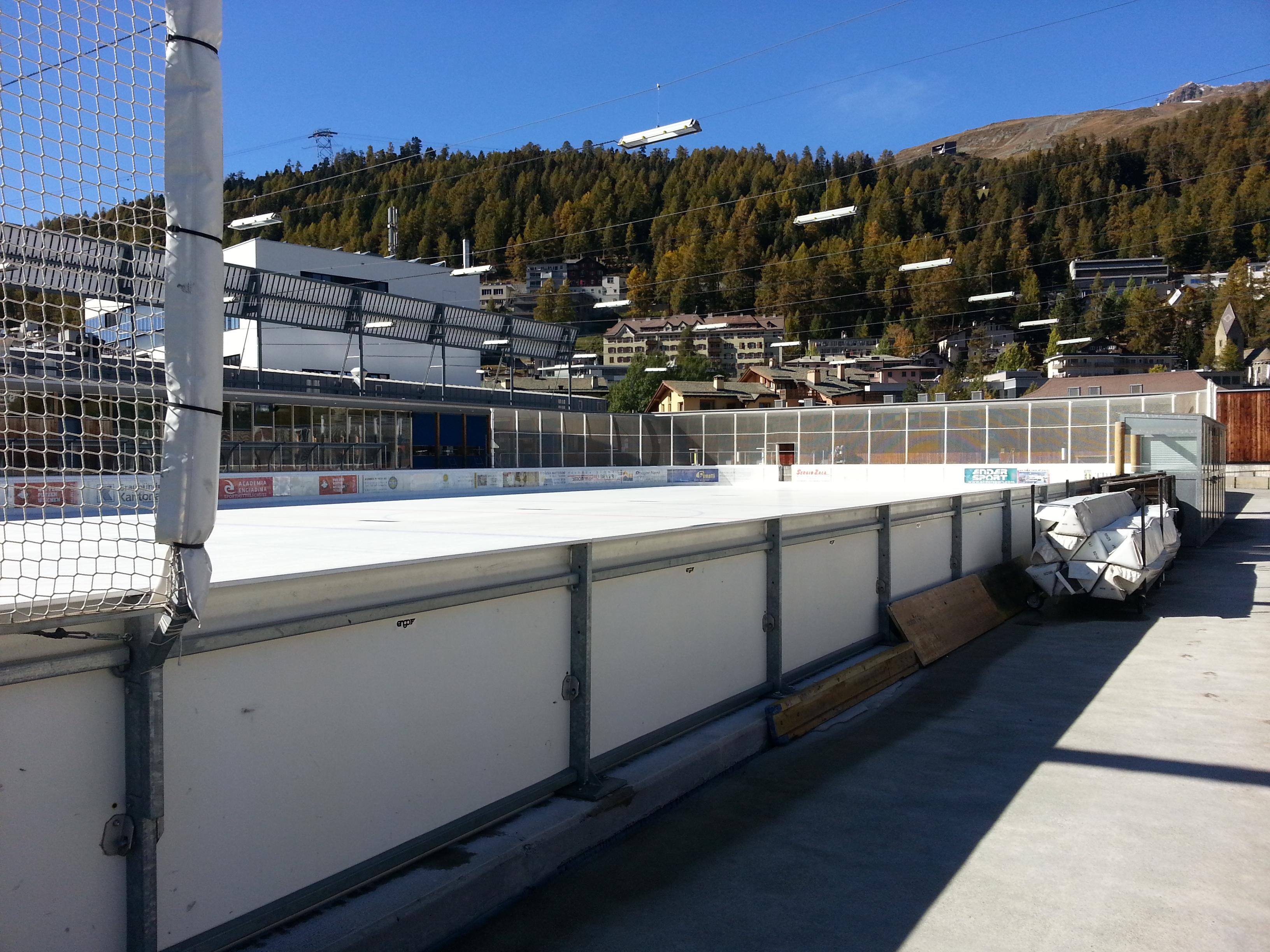 Ice Rink Eisarena Laudains Slide 2