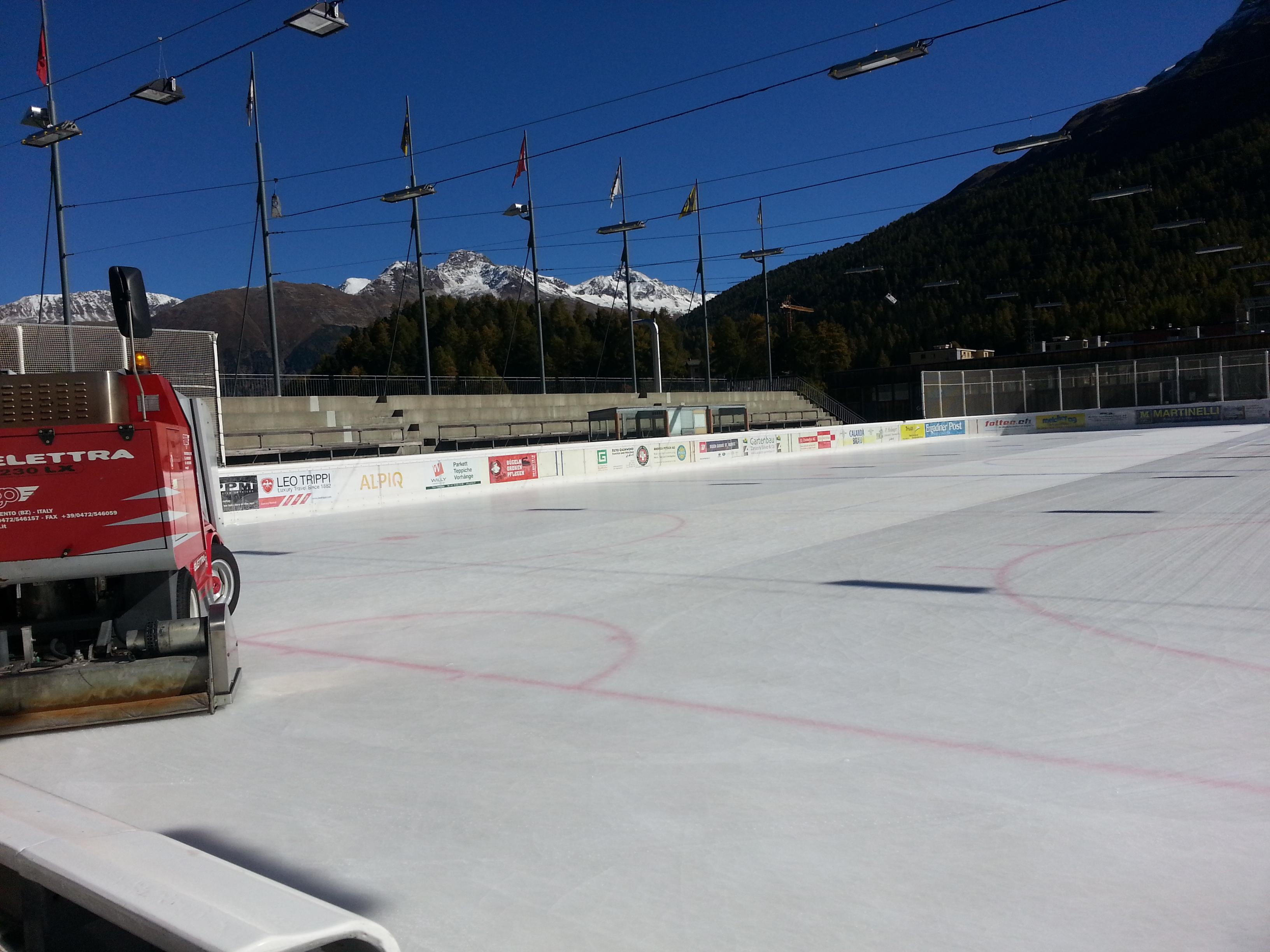 Ice Rink Eisarena Laudains Slide 5
