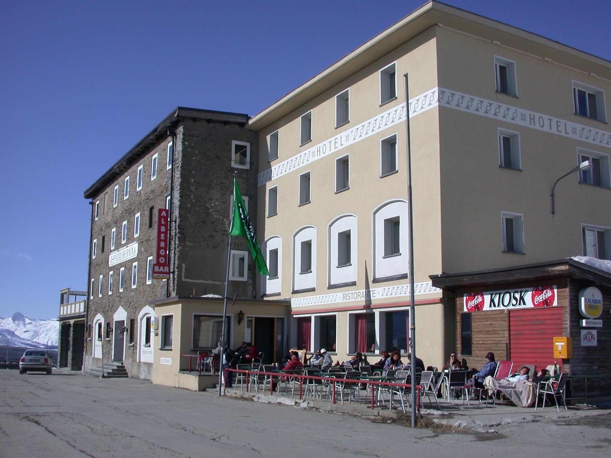 Ristorante Ospizio Bernina Slide 1