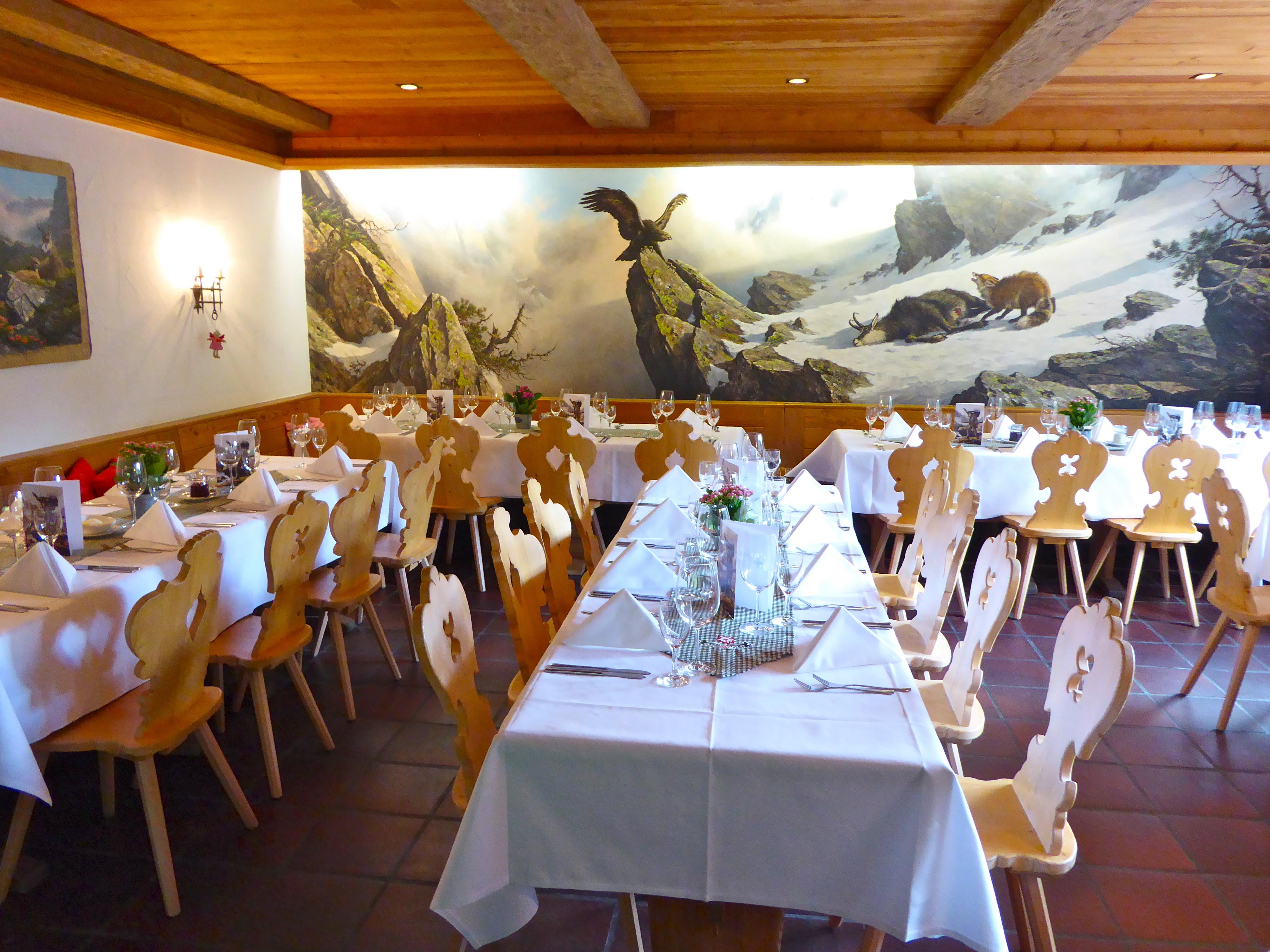 Restaurant Hotel Roseg Gletscher Slide 7