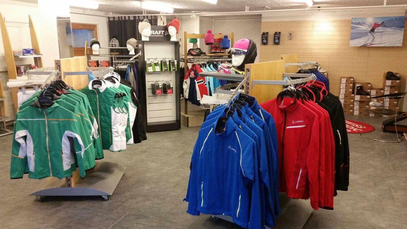 Fähndrich Sport - Shop Samedan Slide 5