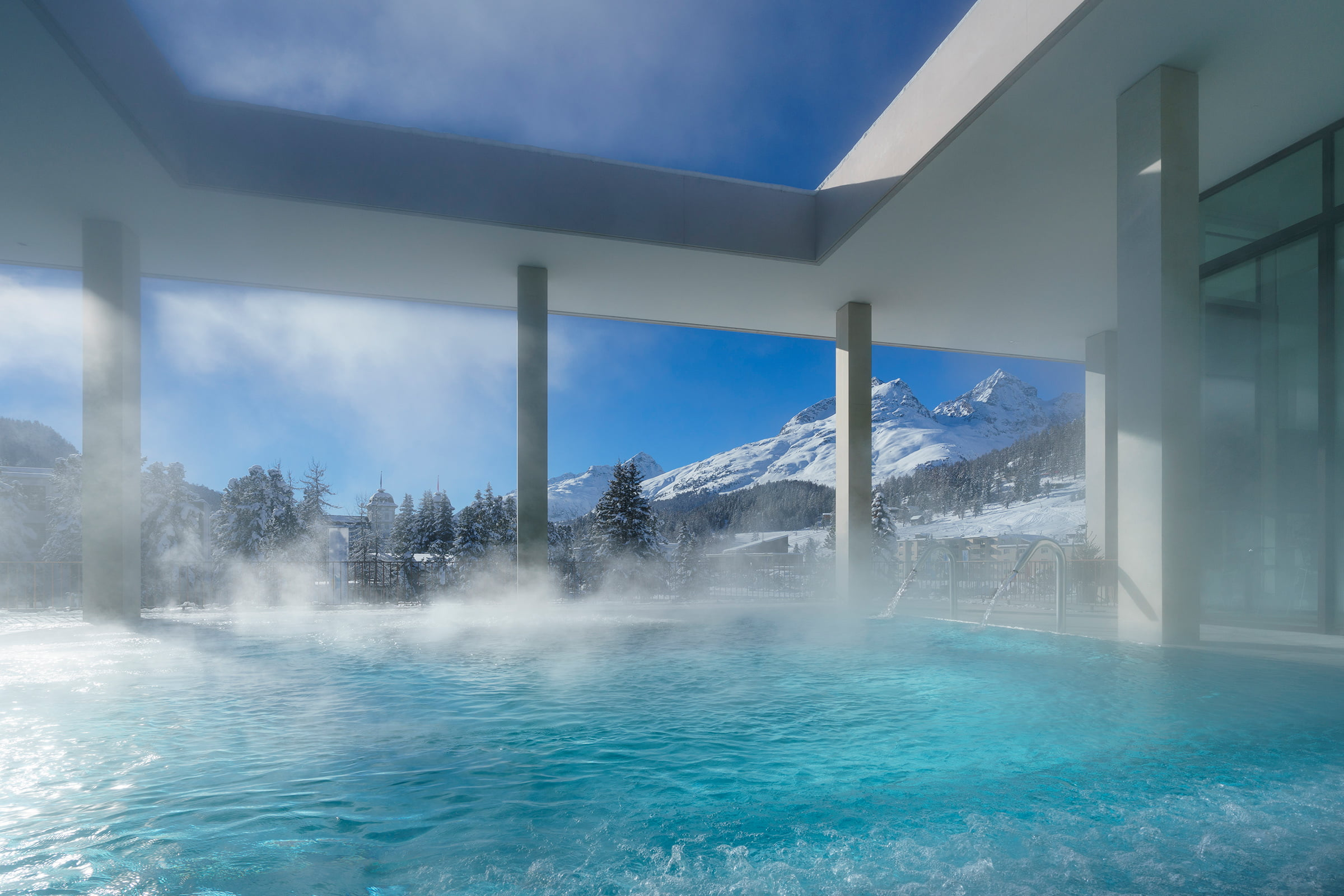 OVAVERVA Pool Spa & Sports Centre St. Moritz
