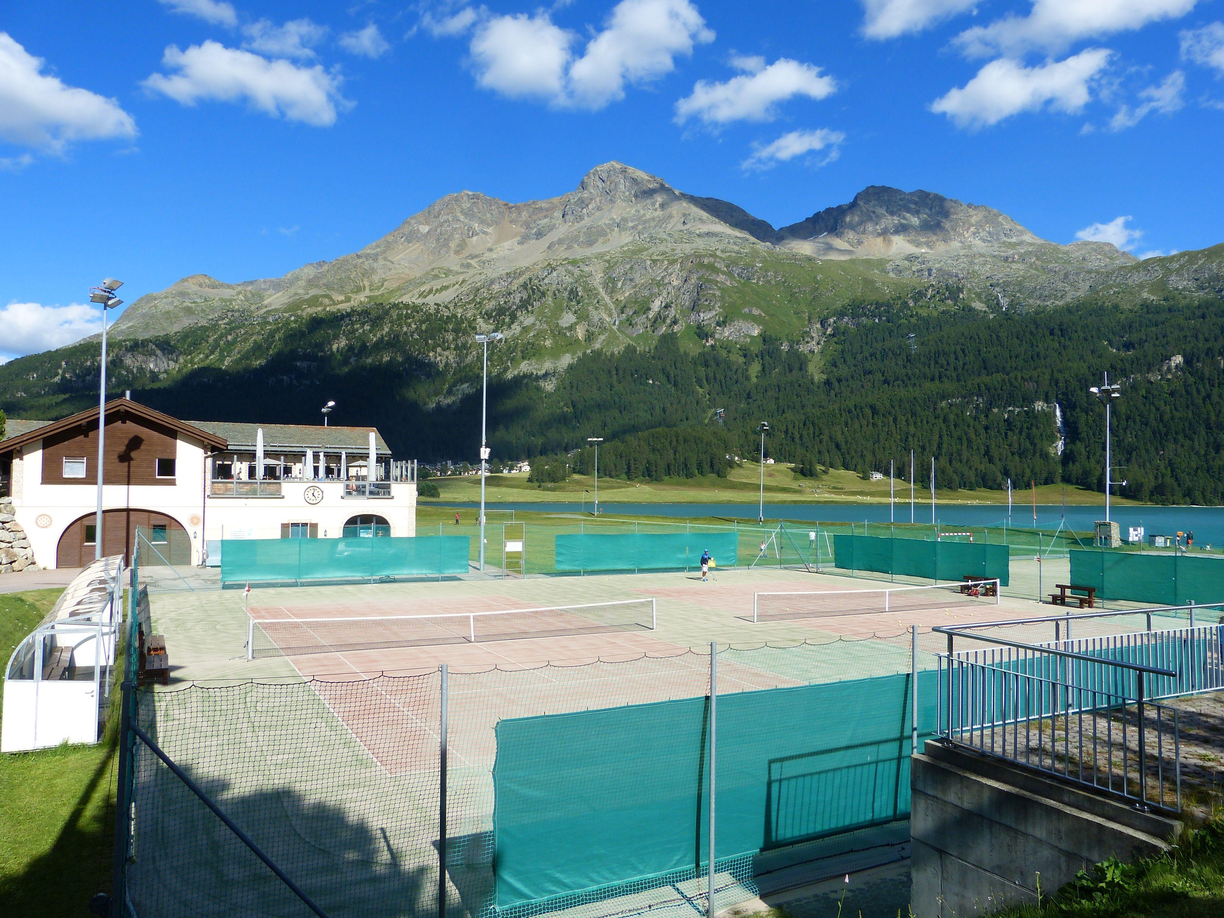 Tennisplatz Mulets Slide 2