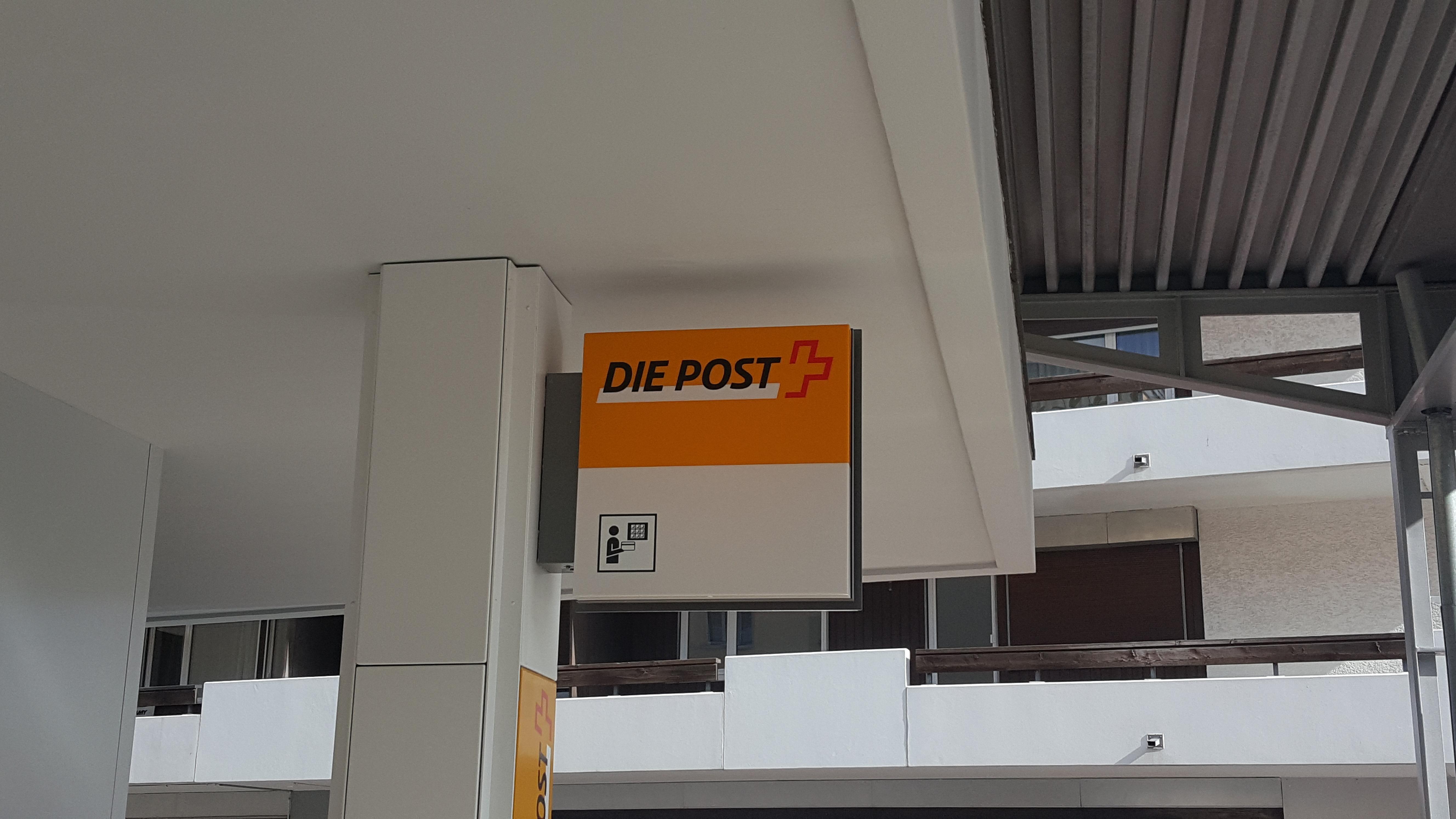 Die Schweizerische Post - Poststelle St. Moritz Bad Slide 1