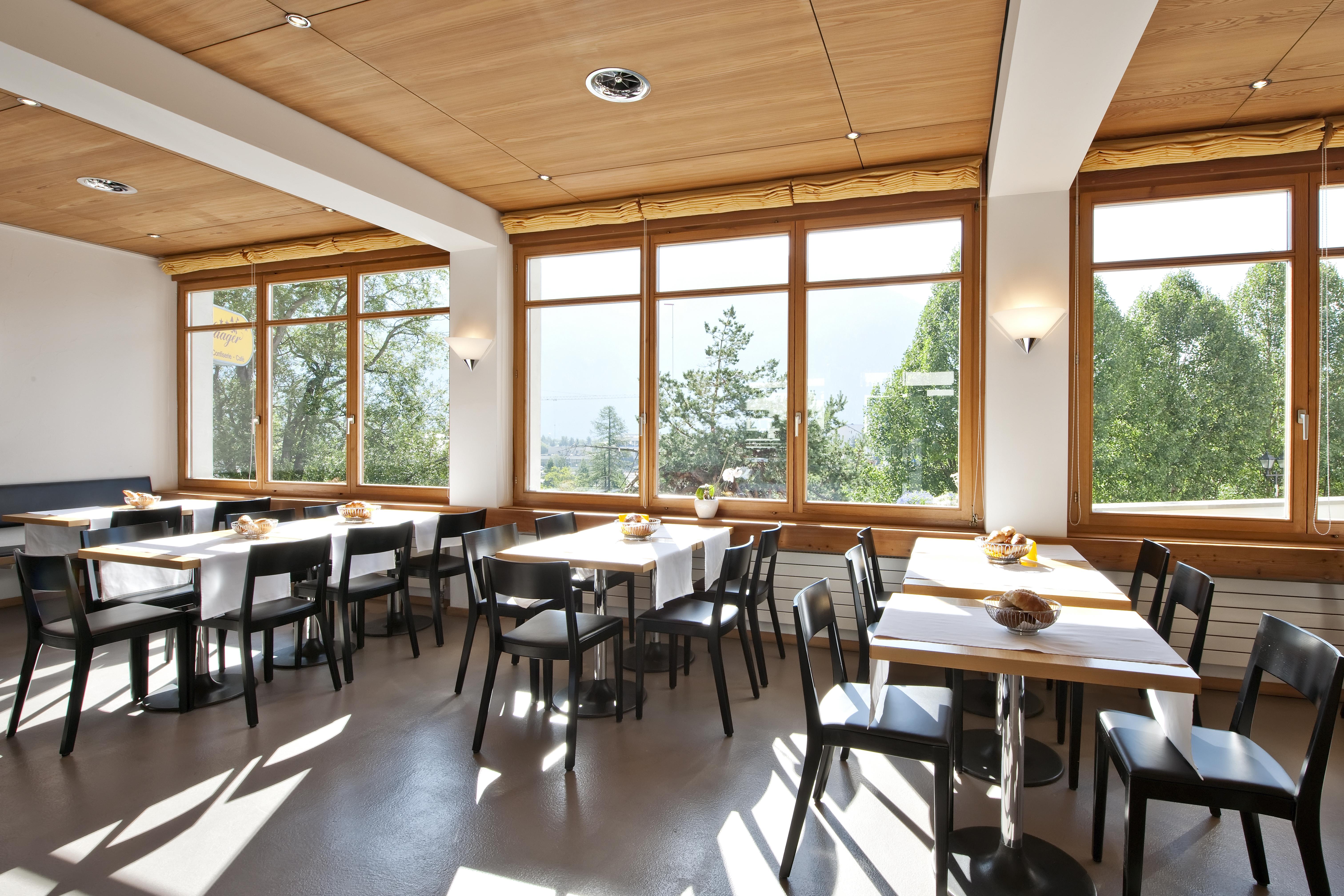 Laagers Restaurant und Café Slide 1