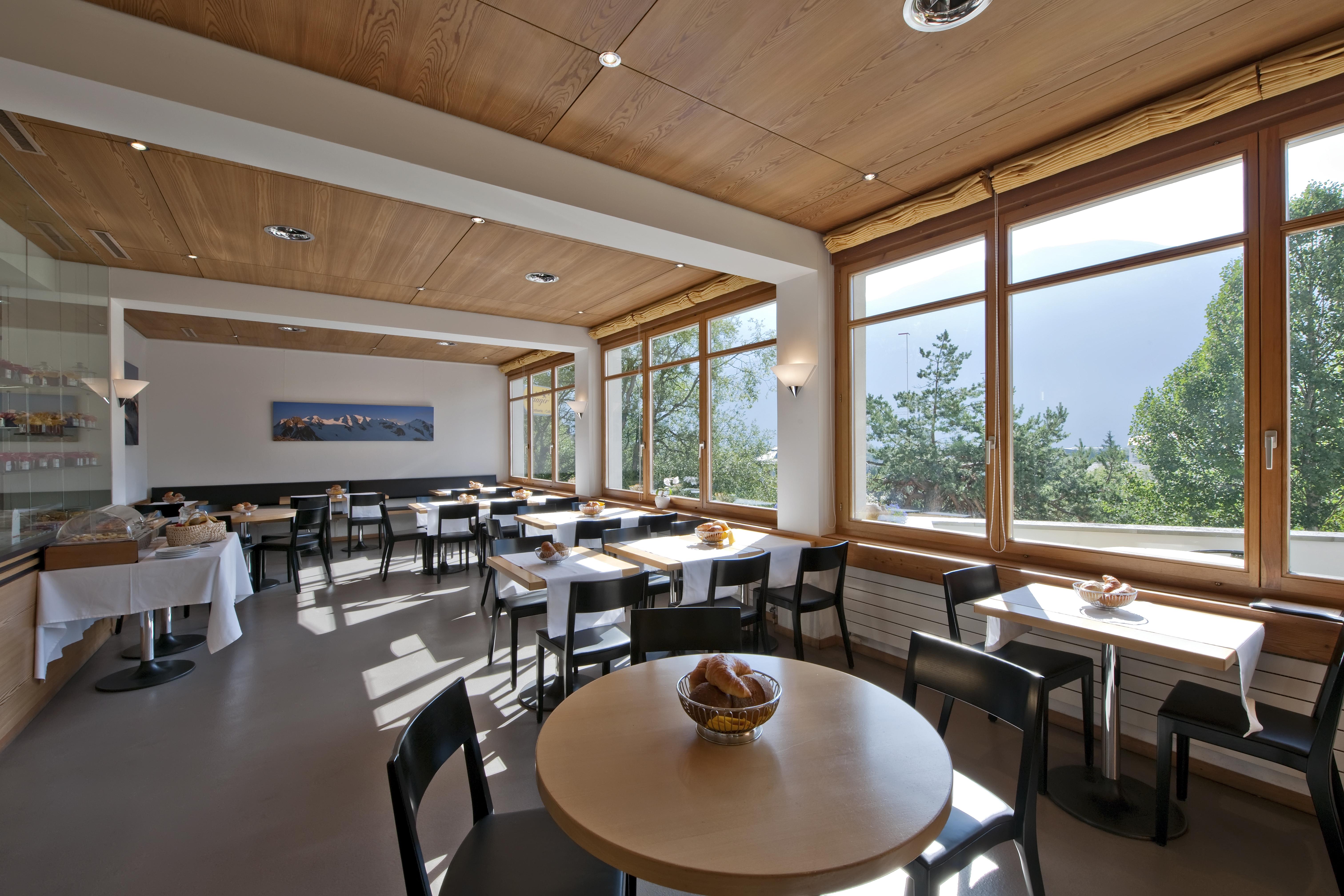 Laagers Restaurant und Café Slide 2