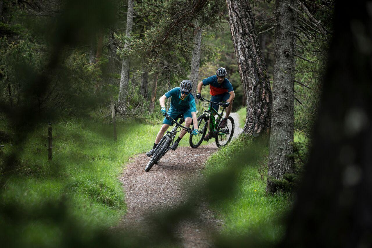 St. Moritz Bikeschule – Suvretta Sports Slide 1