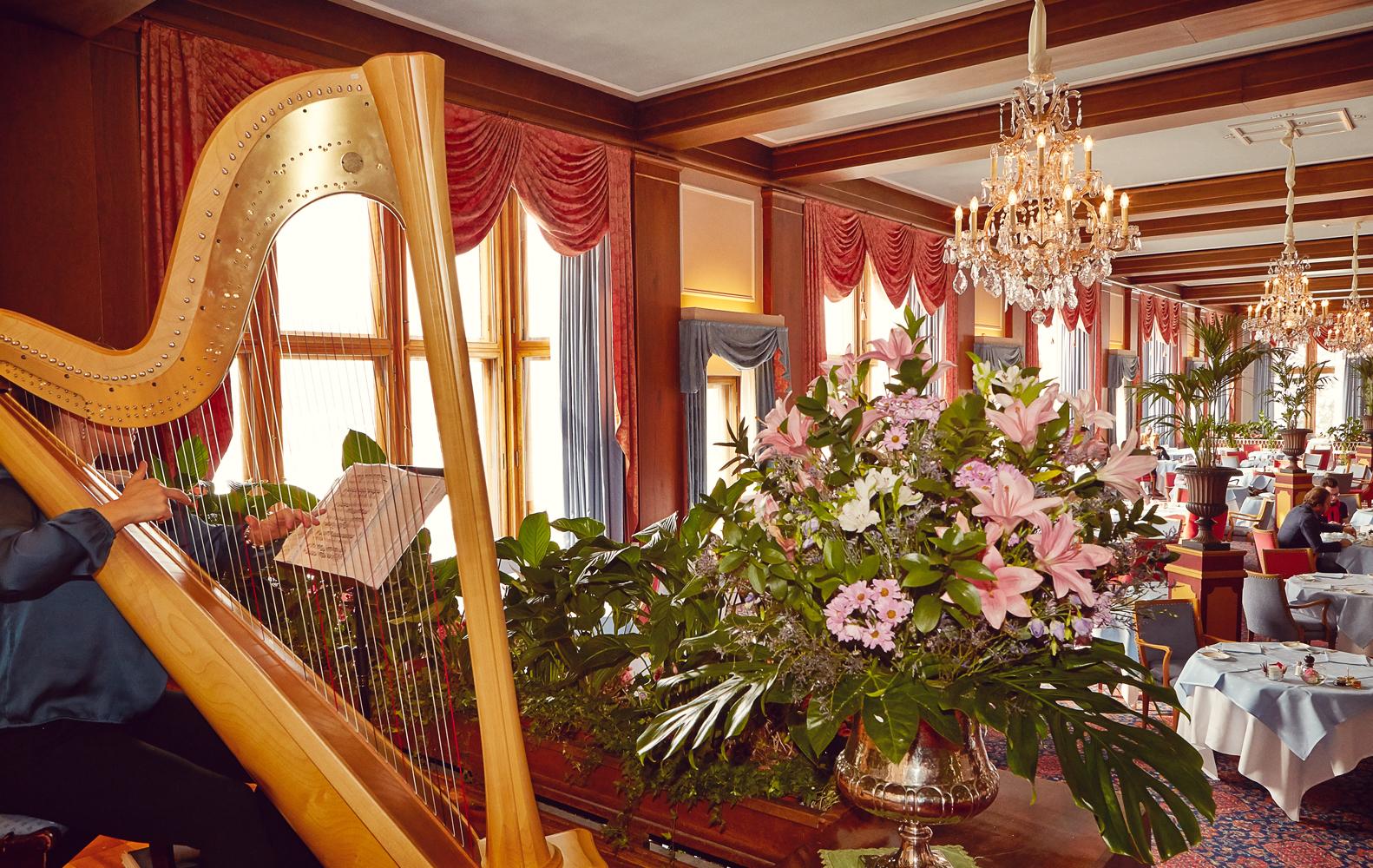 Le Restaurant - Badrutt's Palace Hotel Slide 3