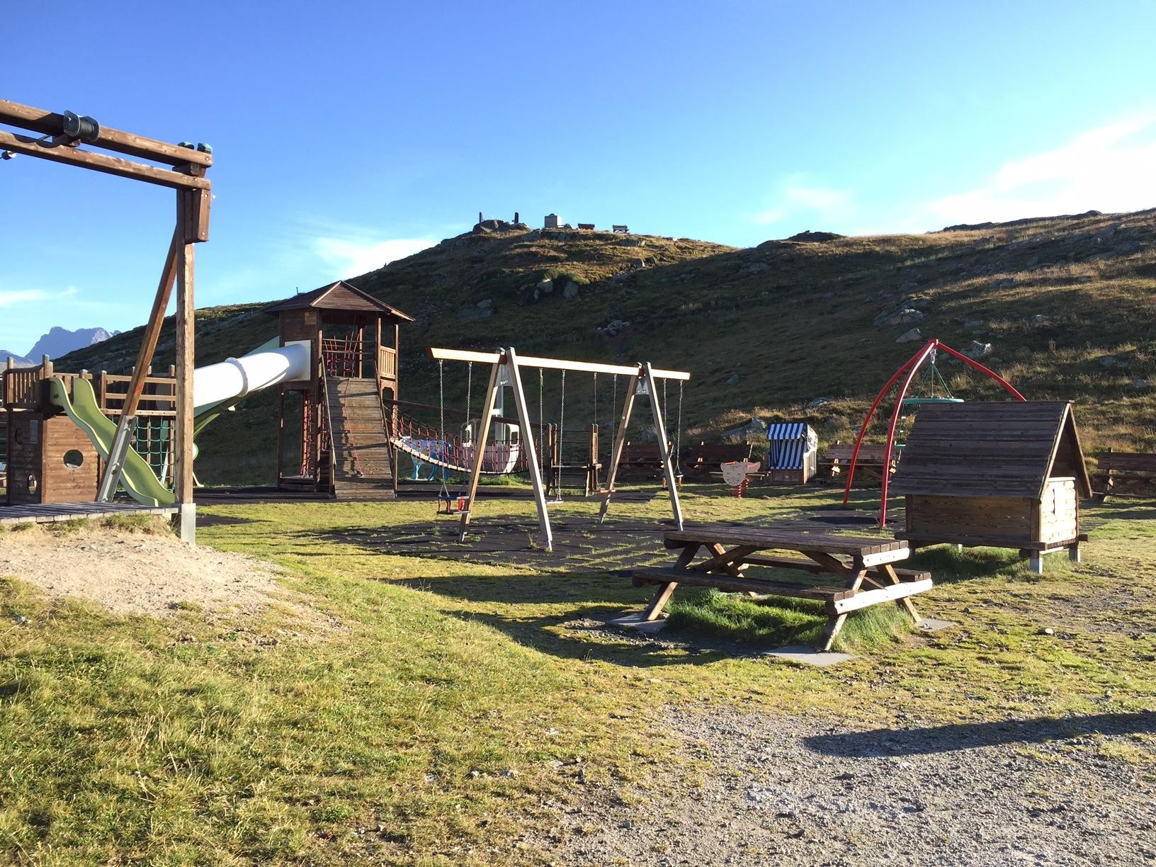 Kinderspielplatz Muottas Muragl Slide 6