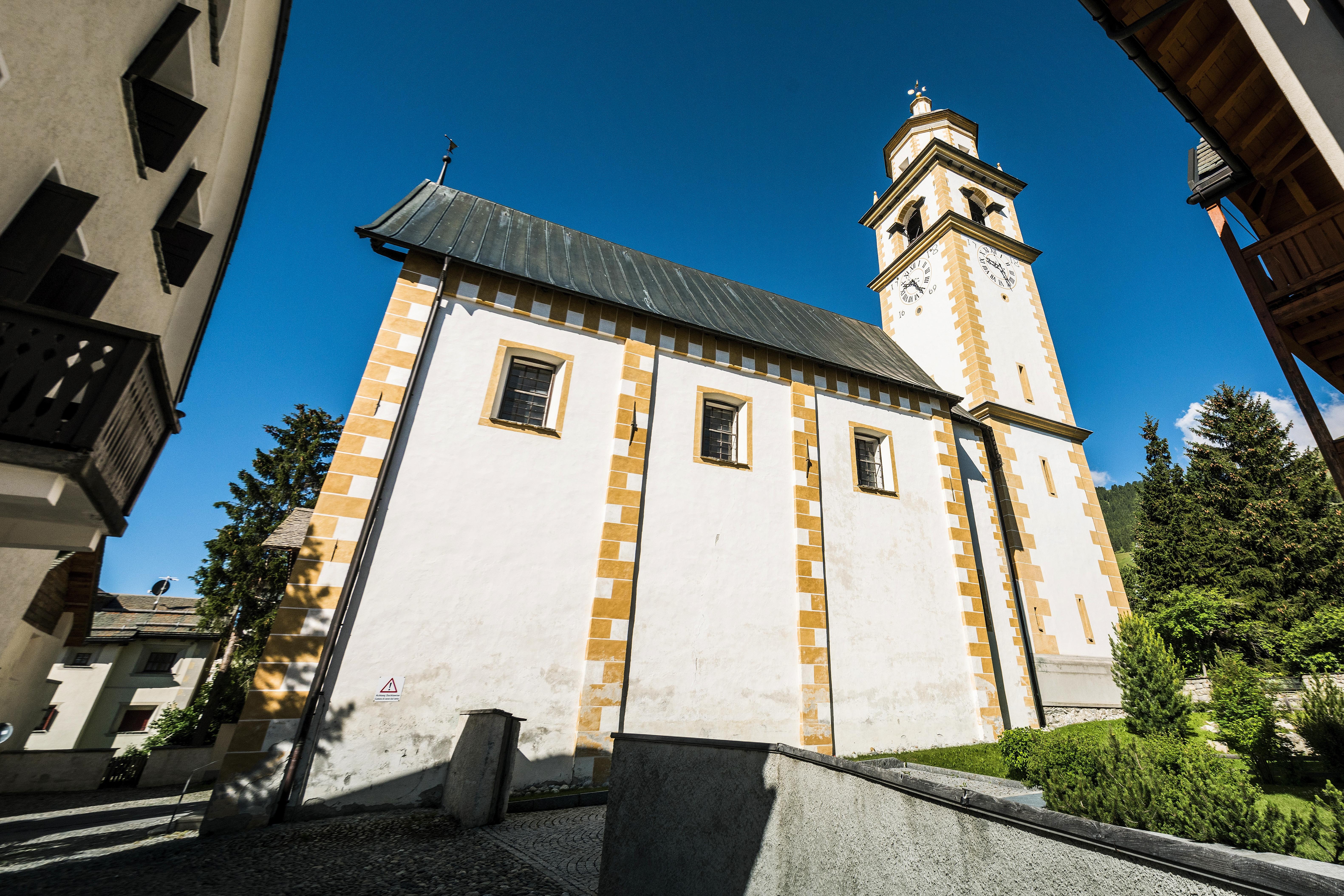 Reformierte Kirche Bel Taimpel Slide 2