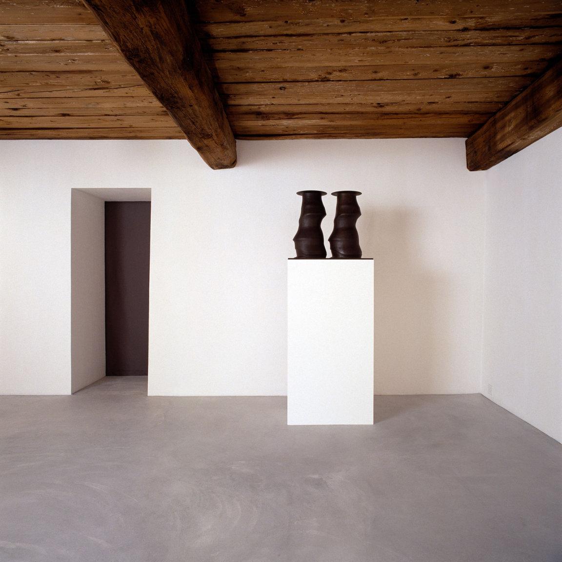 Galleria Monica de Cardenas Slide 4